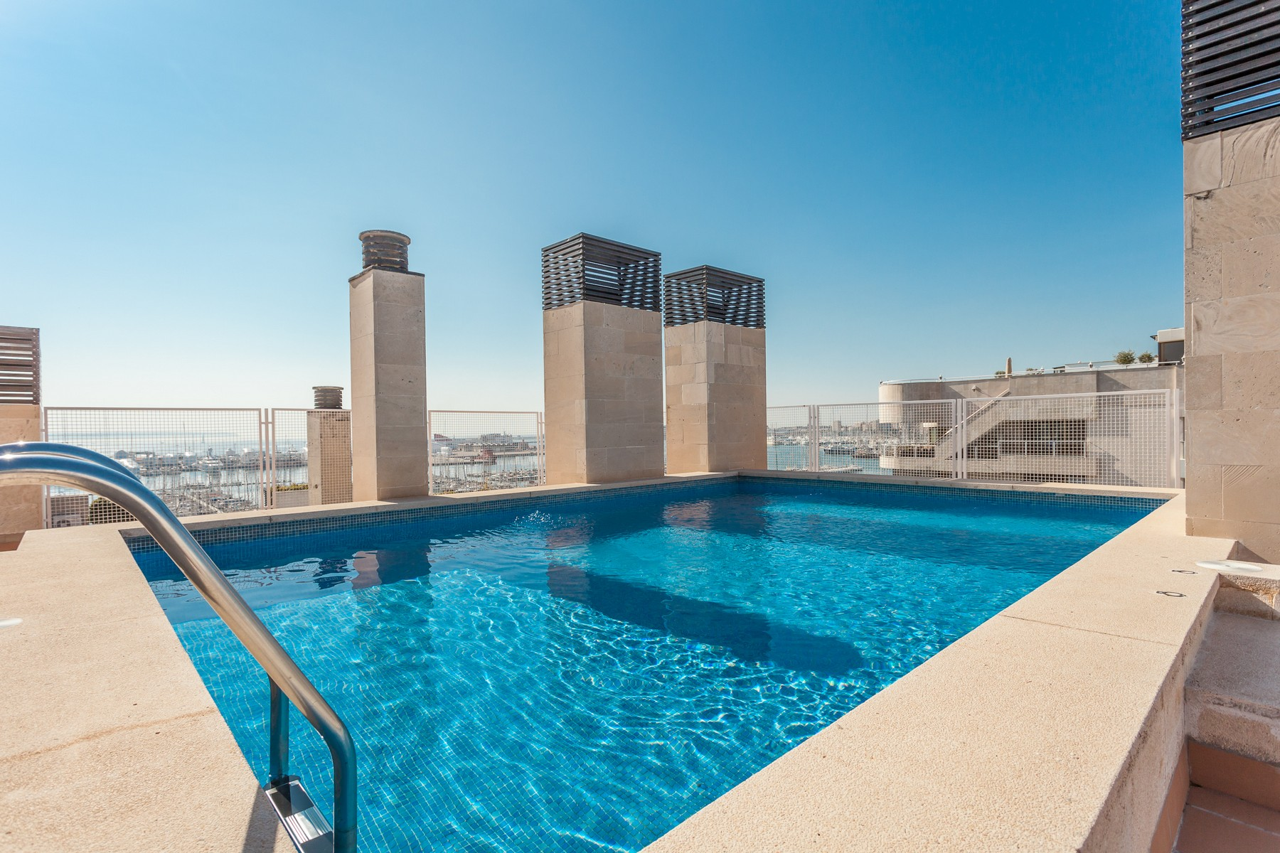Maison unifamiliale pour l Vente à Apartment in Paseo Marítimo with views Palma, Majorque 07001 Espagne