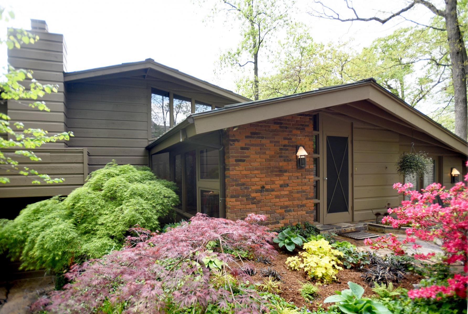 Casa para uma família para Venda às Mason Wood 933 Mason Wood Dr Town And Country, Missouri, 63141 Estados Unidos