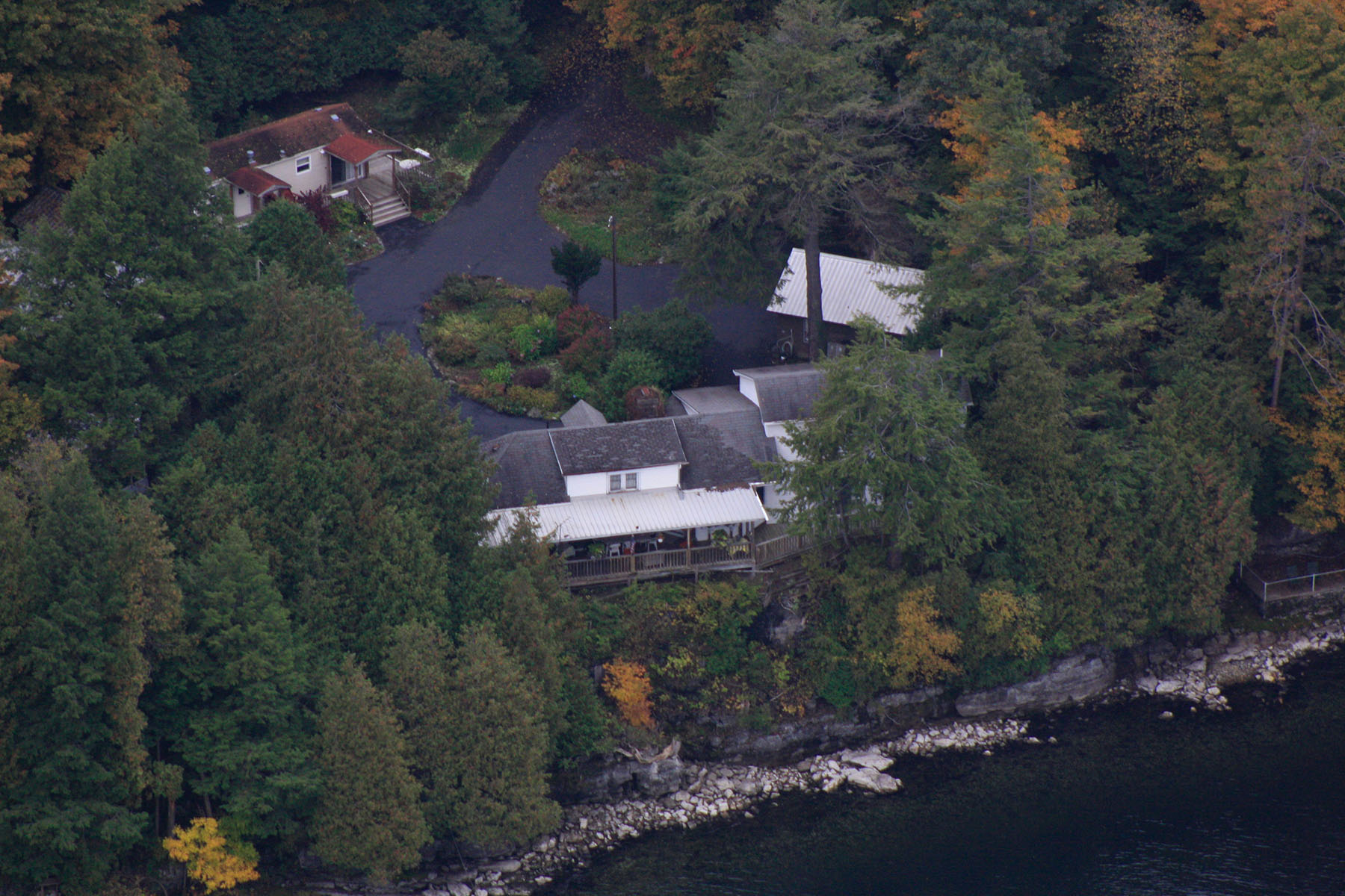 Altro tipo di proprietà per Vendita alle ore Lake Retreat 48 Cold Spring Way Westport, New York 12993 Stati Uniti