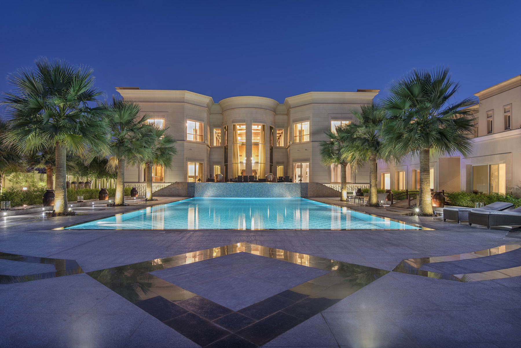 Maison unifamiliale pour l Vente à Majestic Golf Course Mansion Emirates Hills, Dubai, Émirats Arabes Unis