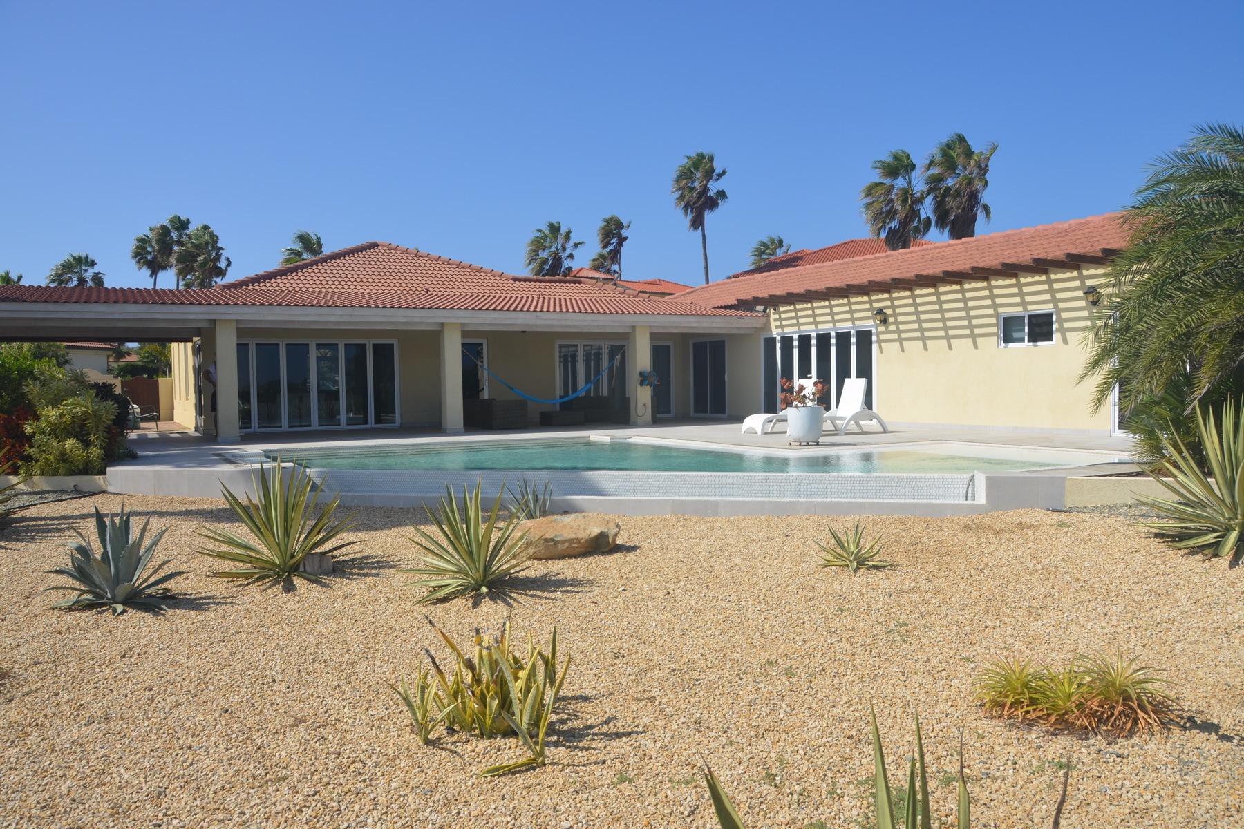 Additional photo for property listing at Las Campeonas 29 Malmok, Aruba Aruba
