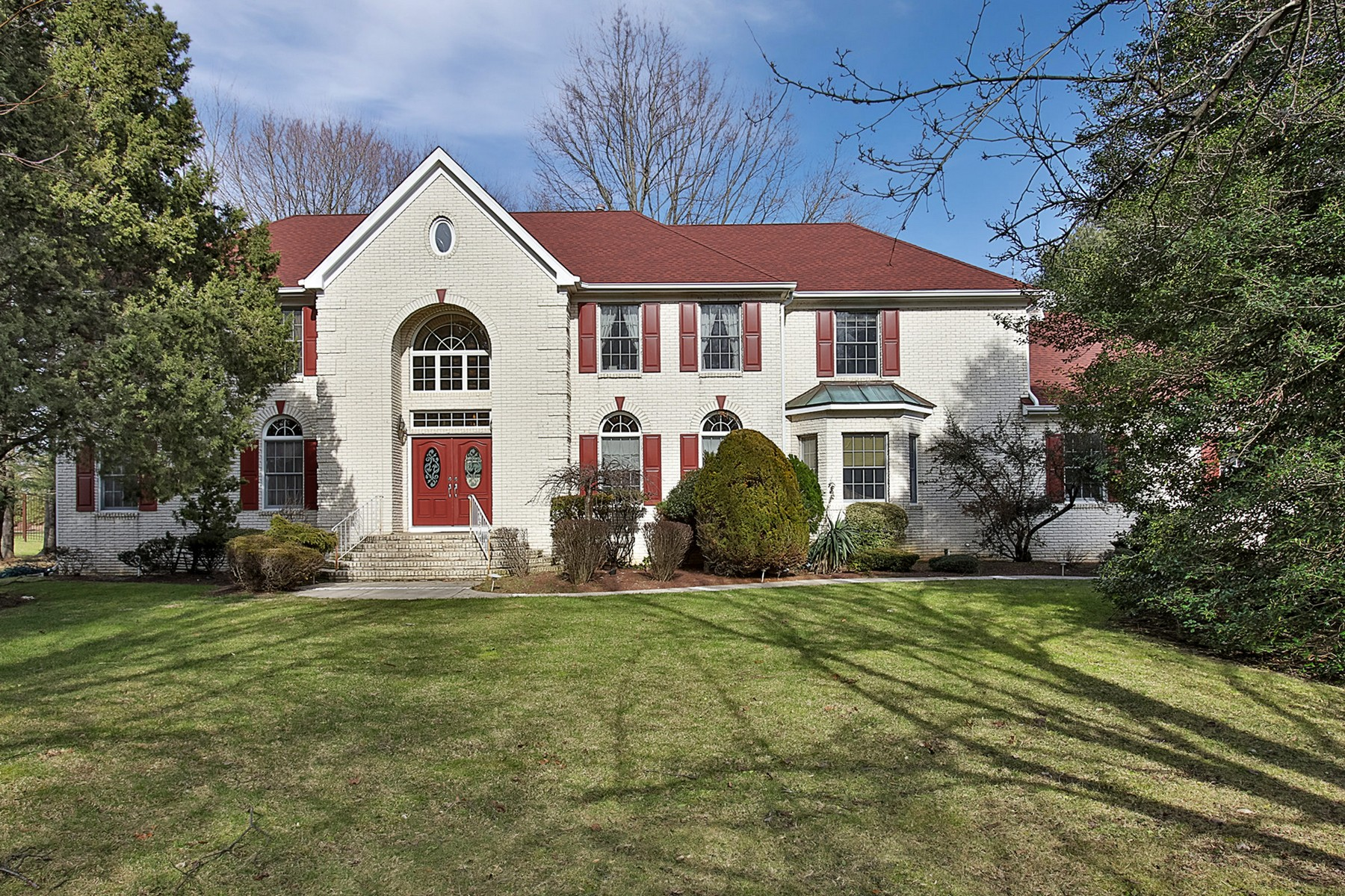 Single Family Home for Sale at Welcome Home 86 N Mitchell Pl Little Silver, New Jersey, 07739 United States