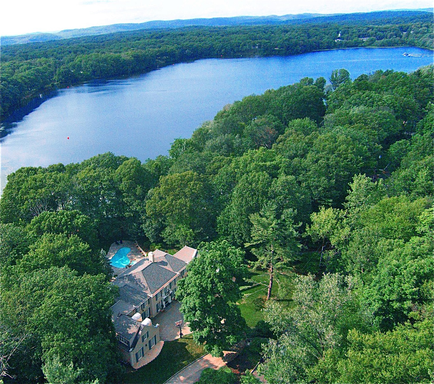 Single Family Home for Sale at Lakefront European Villa 975 Scioto Drive Franklin Lakes, 07417 United States