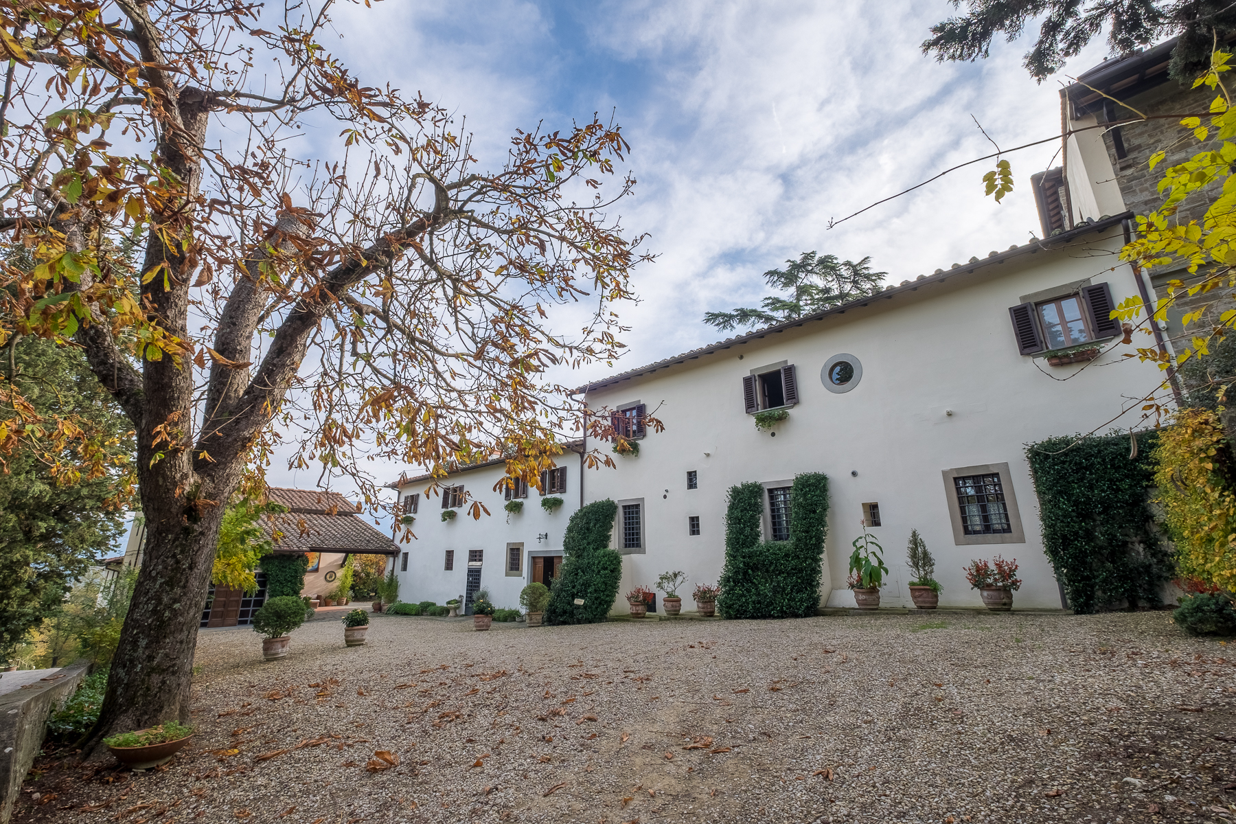 Additional photo for property listing at Splendid Hotel de Charme in the Tuscan countryside Firenze Firenze, Florence 50100 Italie