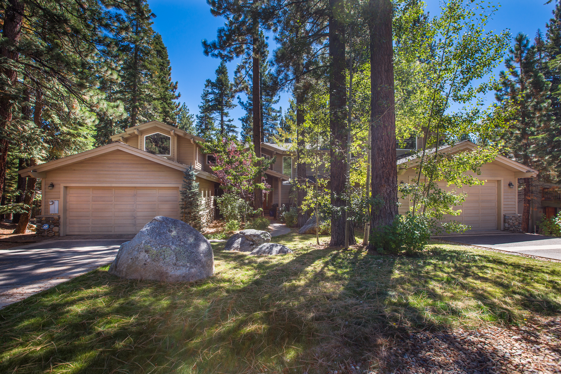 Maison unifamiliale pour l Vente à 881 South Dyer Incline Village, Nevada, 89451 Lake Tahoe, États-Unis