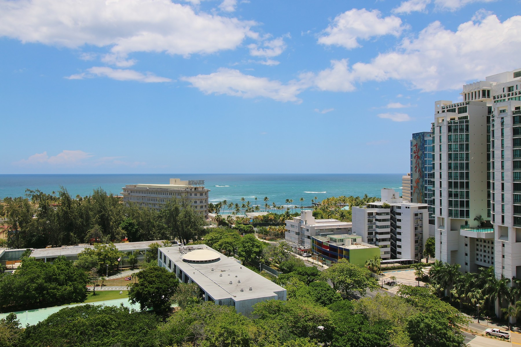 Additional photo for property listing at WeCo Penthouse Millenium Plaza 1602 Fernandez Juncos Avenue San Juan, Puerto Rico 00901 Porto Rico