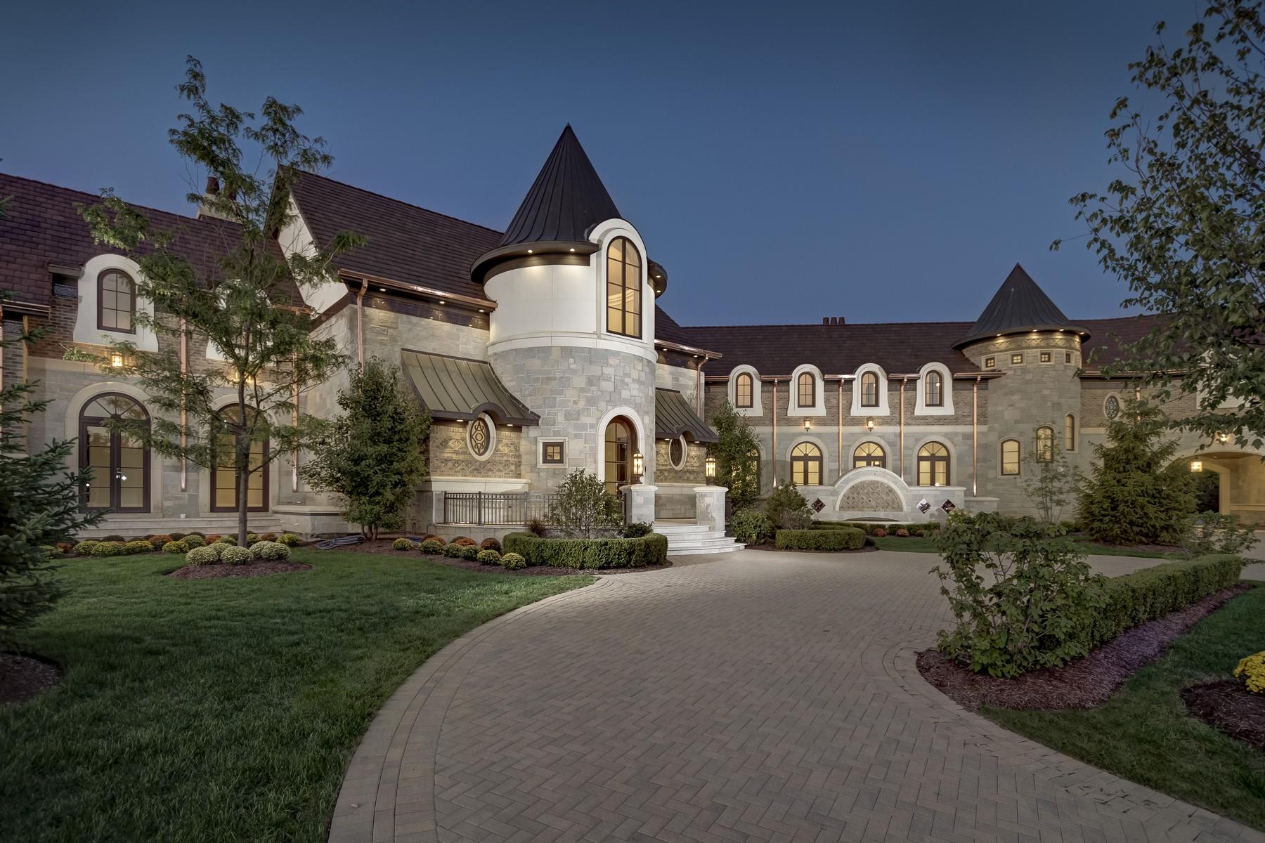 Maison unifamiliale pour l Vente à Exquisite French Country Estate 8 Kaleigh Court South Barrington, Illinois 60010 États-Unis