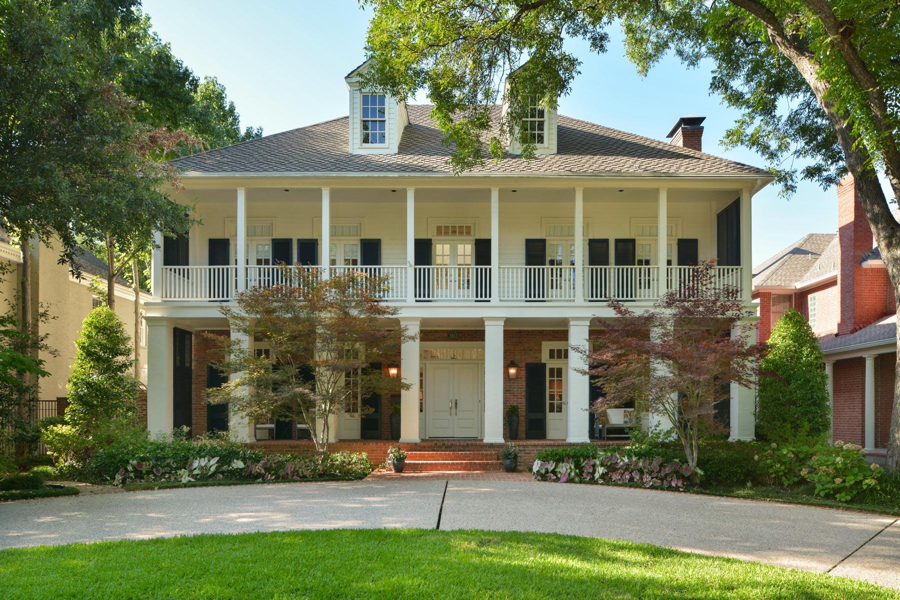 Casa para uma família para Venda às University Park Classic 3813 Bryn Mawr Dallas, Texas, 75225 Estados Unidos