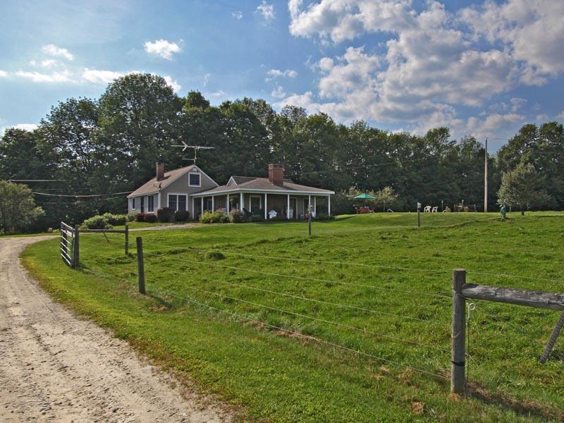 Einfamilienhaus für Verkauf beim Industry Industry, Maine 04938 Vereinigte Staaten