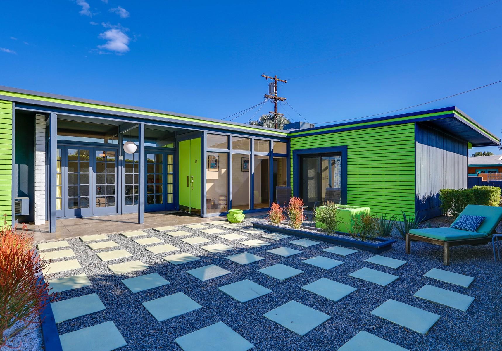 獨棟家庭住宅 為 出售 在 1420 E Alejo Road Palm Springs, 加利福尼亞州, 92262 美國
