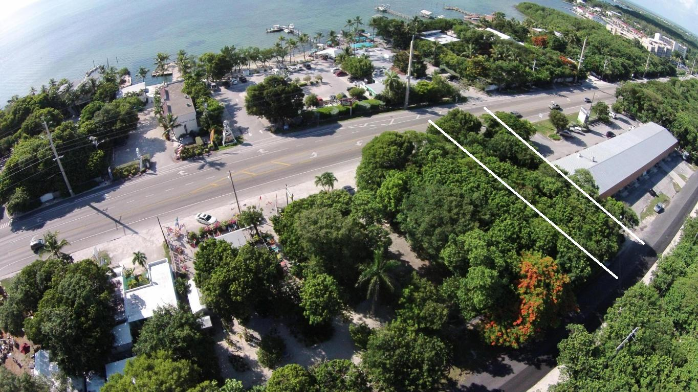 per Vendita alle ore Great Location 00 Overseas Highway Plantation Key, Florida 33036 Stati Uniti