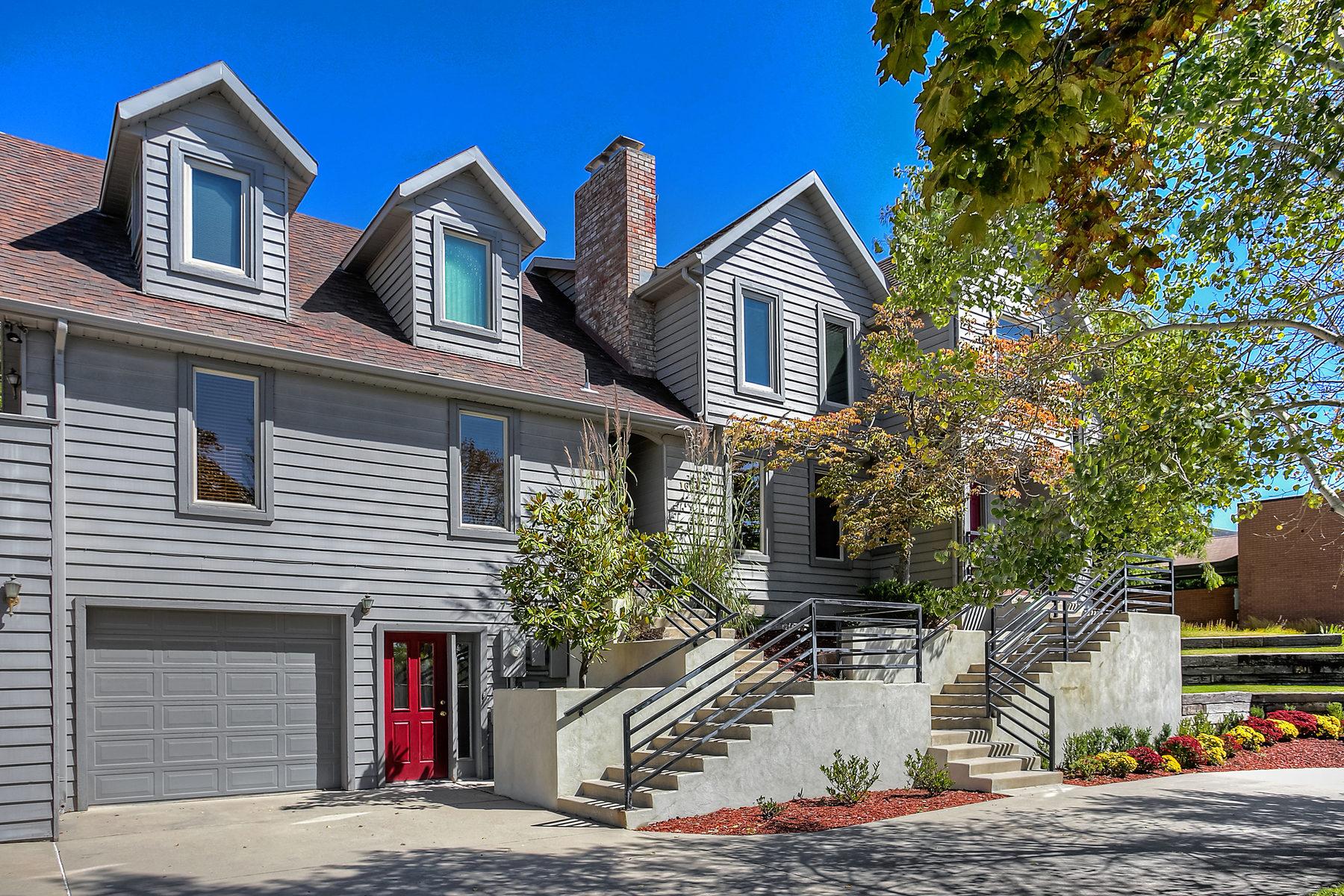 Nhà ở một gia đình vì Bán tại Great Location, Incredible Value 1661 Federal Heights Dr Salt Lake City, Utah 84103 Hoa Kỳ