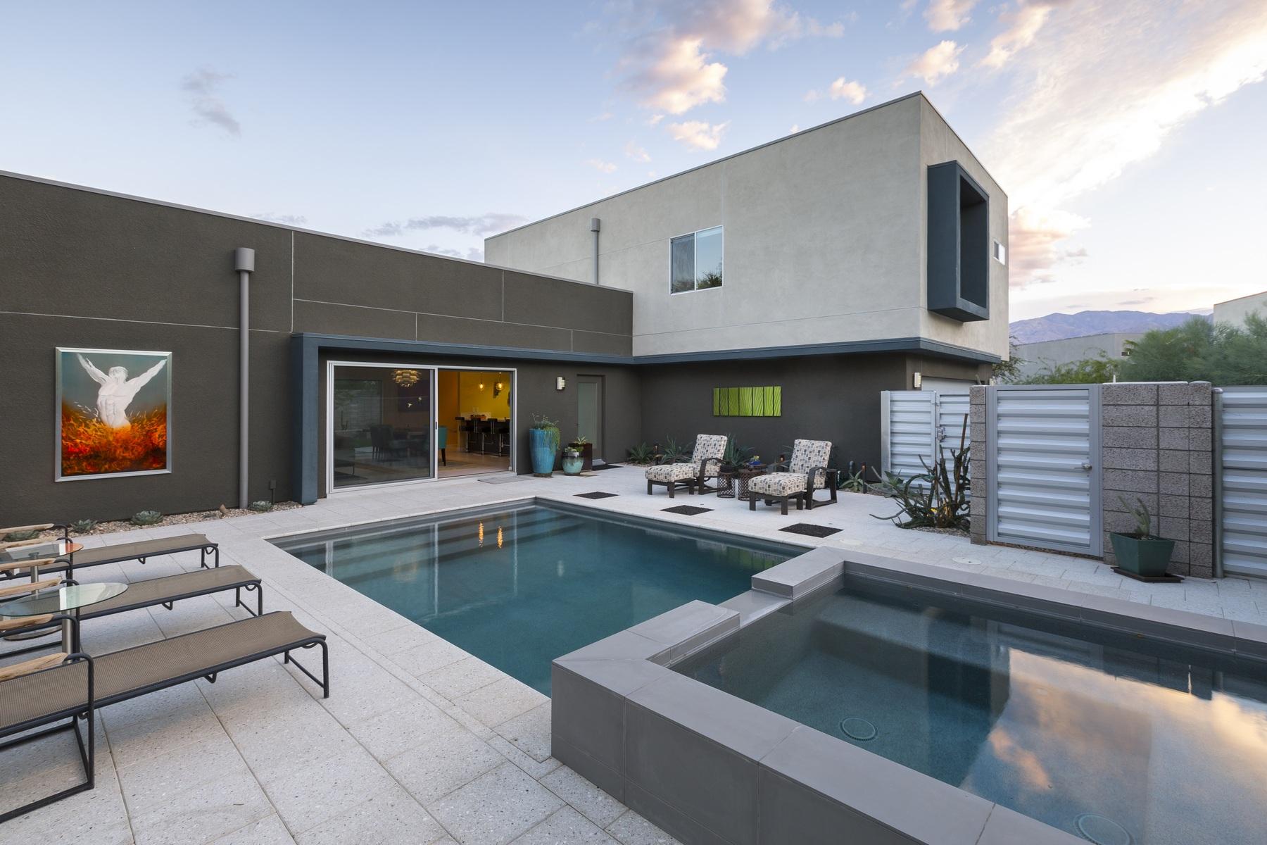 独户住宅 为 销售 在 444 Chelsea Drive Palm Springs, 加利福尼亚州 92262 美国