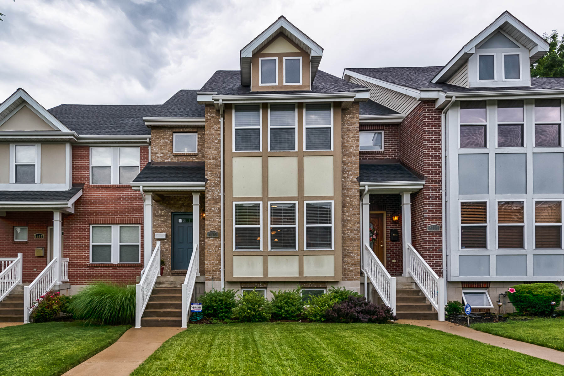 Single Family Home for Sale at The Ease of Gaslight Living 4105 Olive Street St. Louis, Missouri 63108 United States
