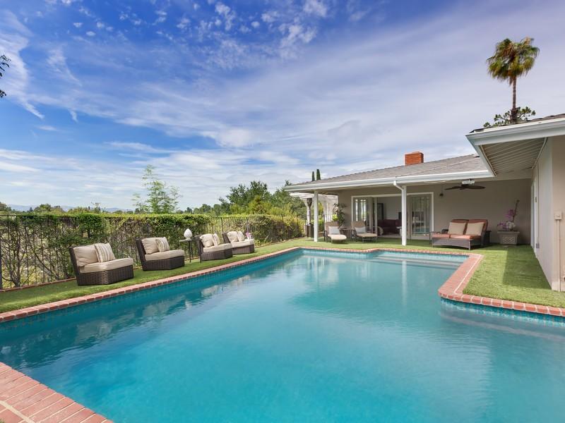Villa per Vendita alle ore 3741 Royal Meadow Rd Sherman Oaks, California 91403 Stati Uniti