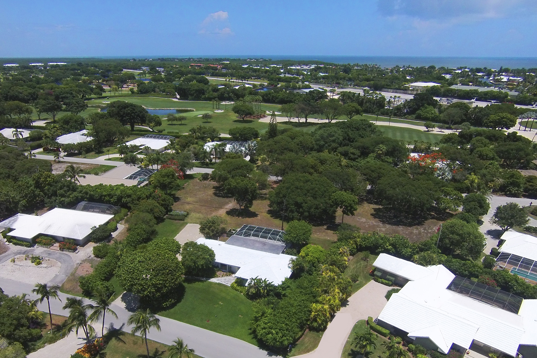 Terreno por un Venta en Vacant Lot at Ocean Reef 11 Country Club Road Ocean Reef Community, Key Largo, Florida, 33037 Estados Unidos