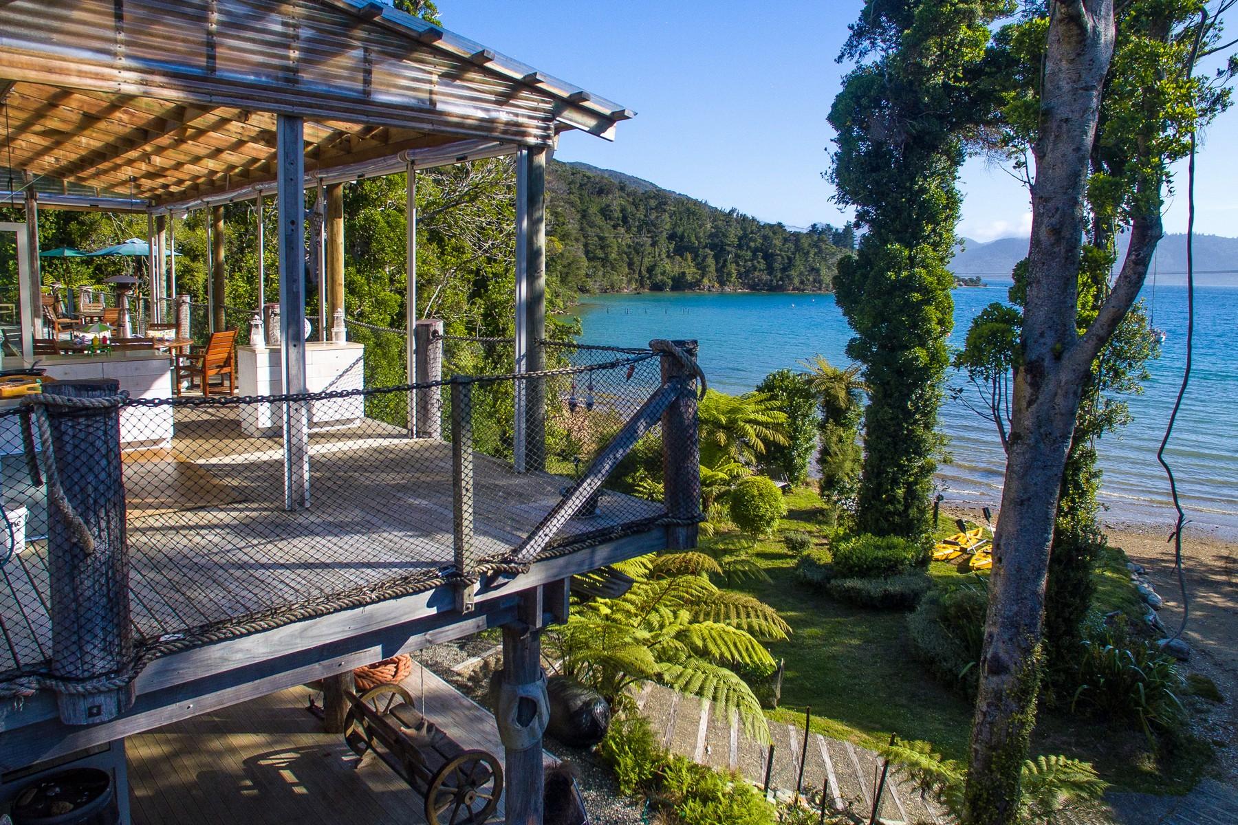 Moradia Multi-familiar para Venda às No Road Inn Marlborough Sounds, Marlborough Nova Zelândia