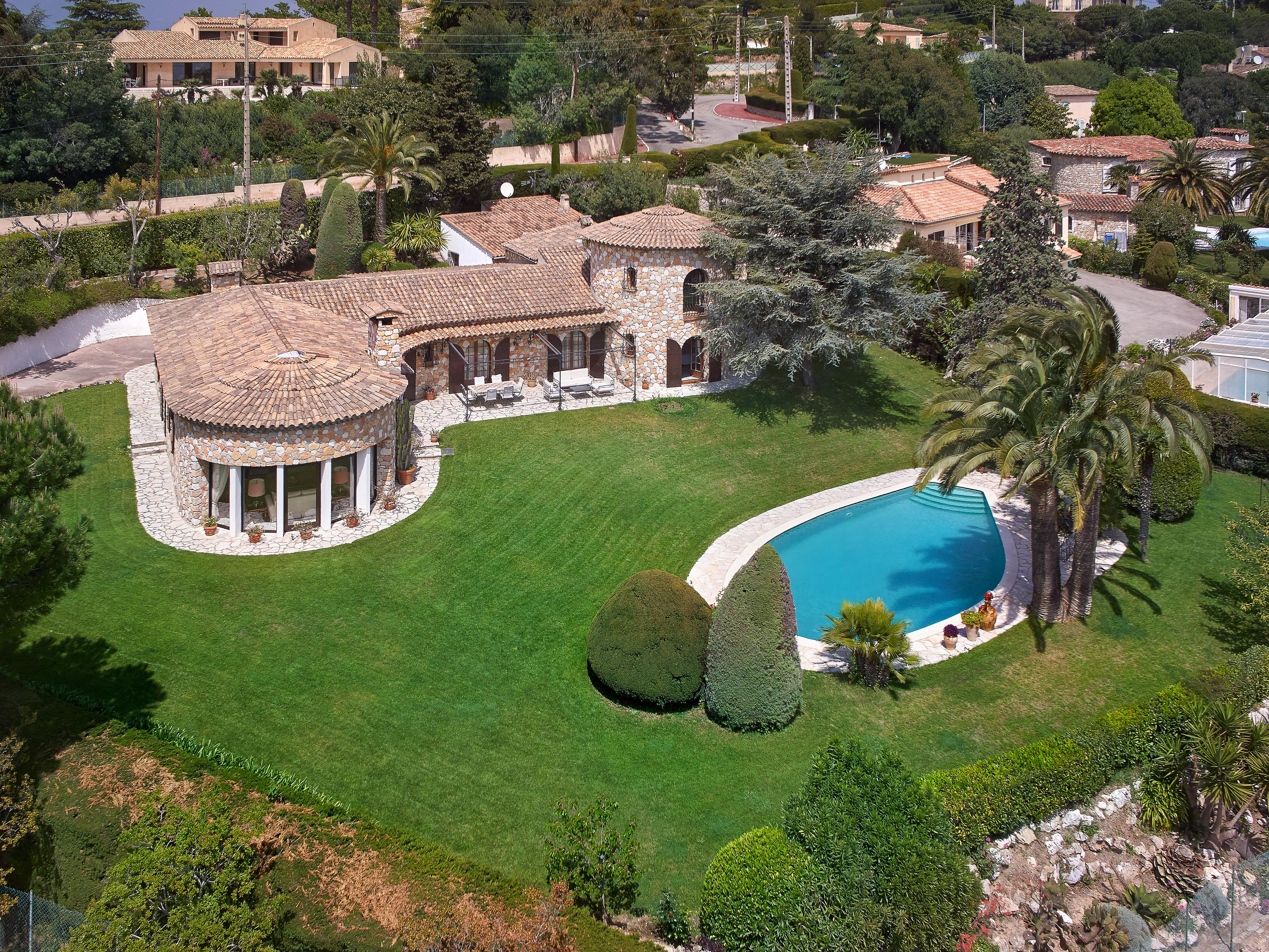 Single Family Home for Sale at Authentic stone house for sale in Cannes Cannes, Provence-Alpes-Cote D'Azur 06400 France