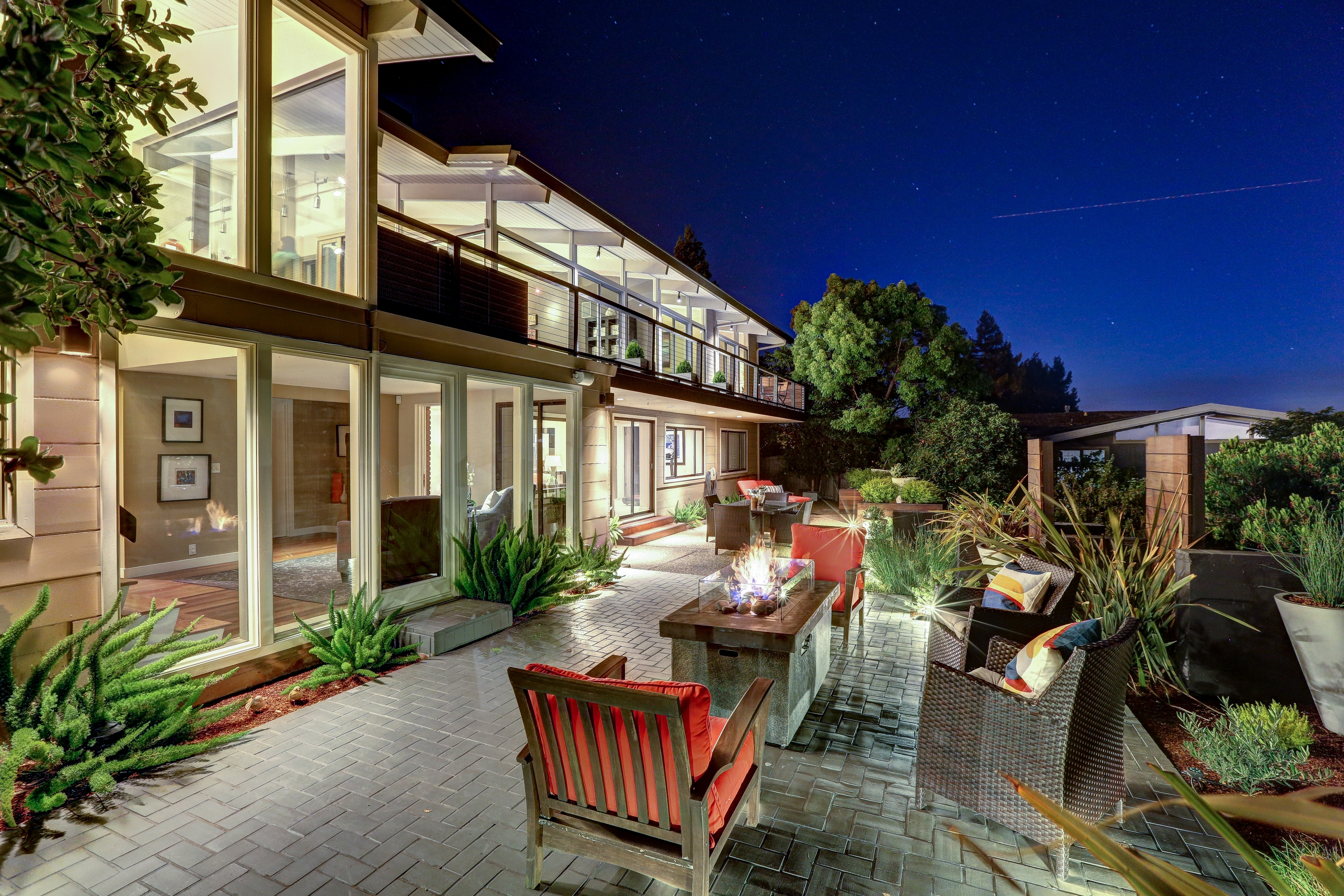 Single Family Home for Sale at Spectacular, Ultra Chic Contemporary Home 96 Oakmont Ave San Rafael, California 94901 United States