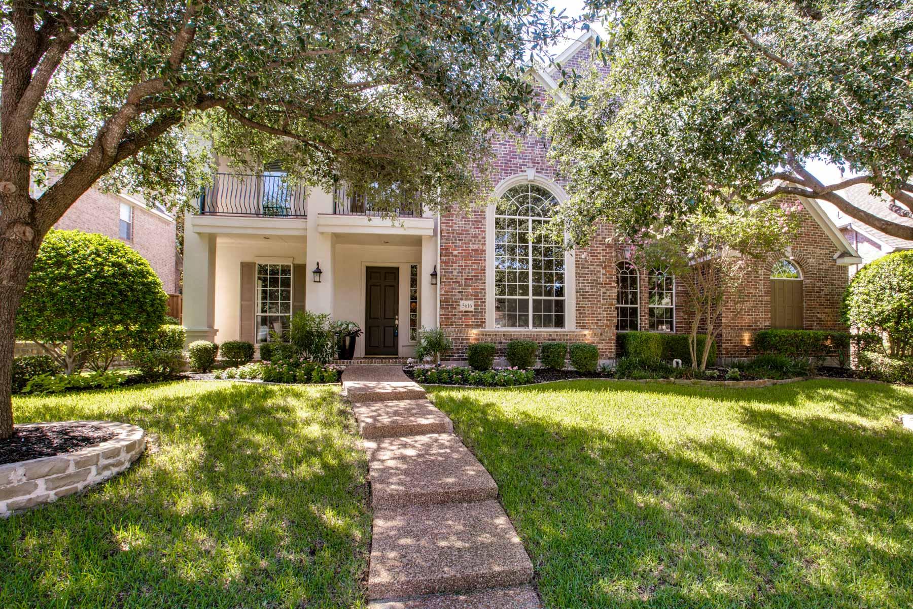 Villa per Vendita alle ore Stunning Starwood Remodel 5616 Widgeon Way Frisco, Texas, 75034 Stati Uniti