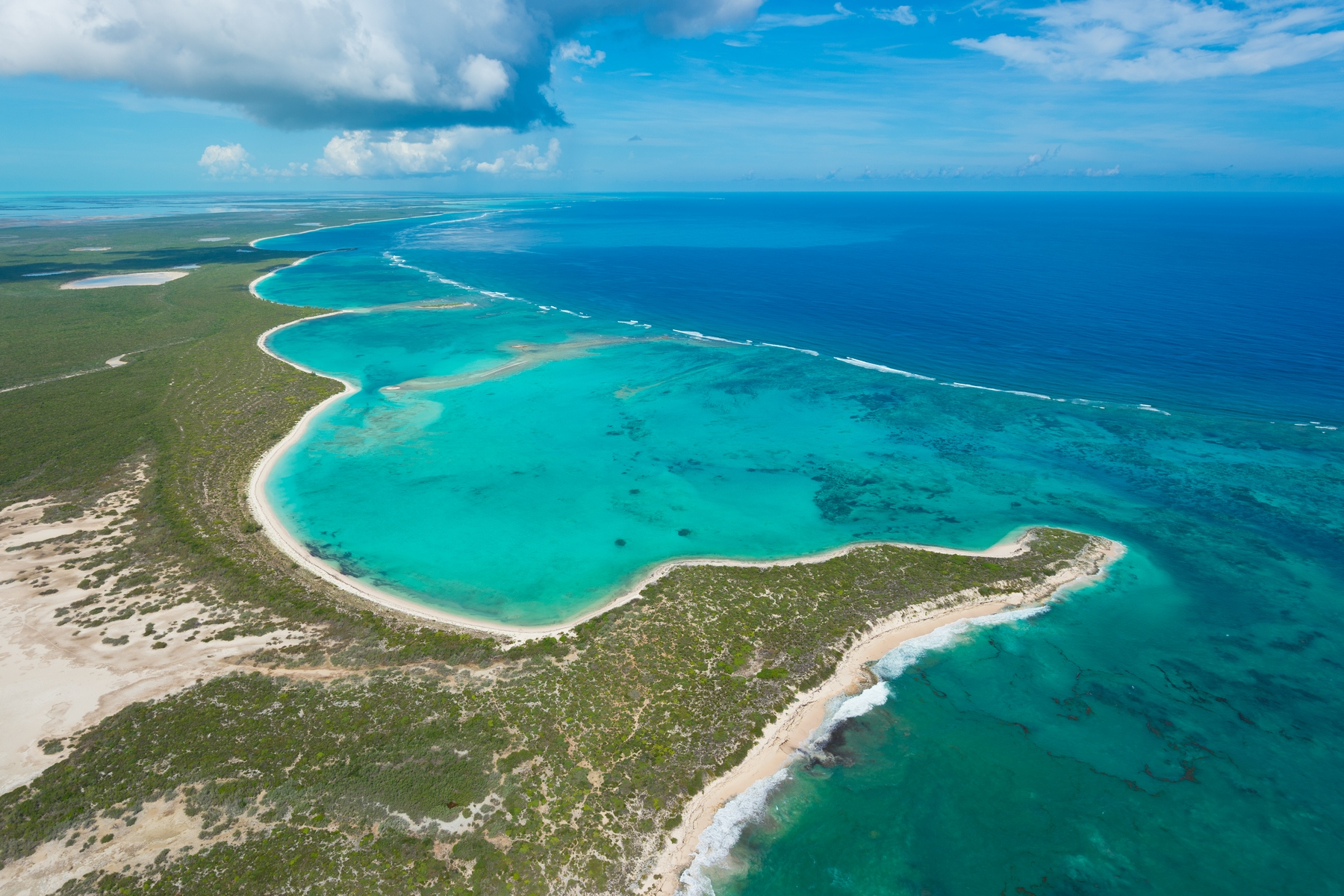 Земля для того Продажа на EAST CAICOS BEACHFRONT INVESTMENT OPPORTUNITY East Caicos, TCI BWI Теркс И Кайкос
