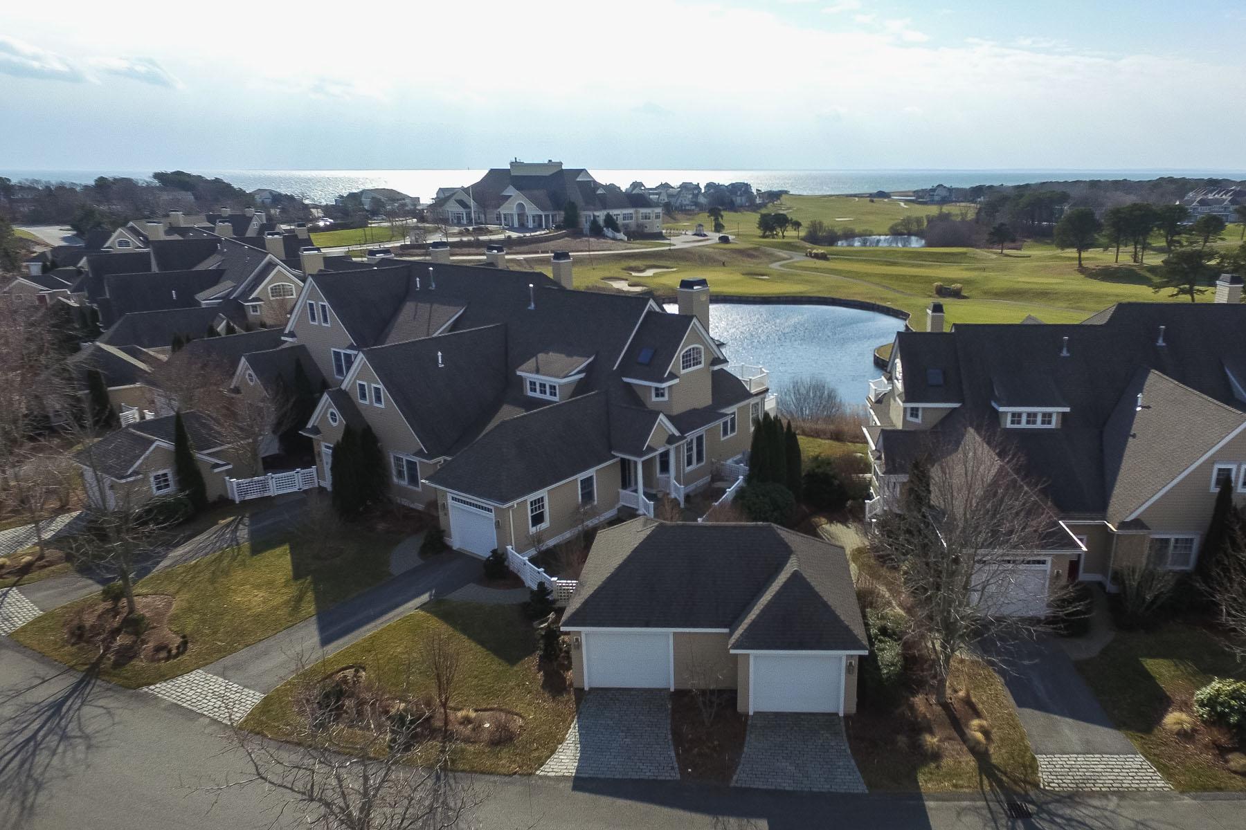 Condomínio para Venda às EXQUISITE GOLF & WATER VIEWS 20 Vineyard Reach New Seabury, Massachusetts, 02649 Estados UnidosEm/Em torno de: Mashpee