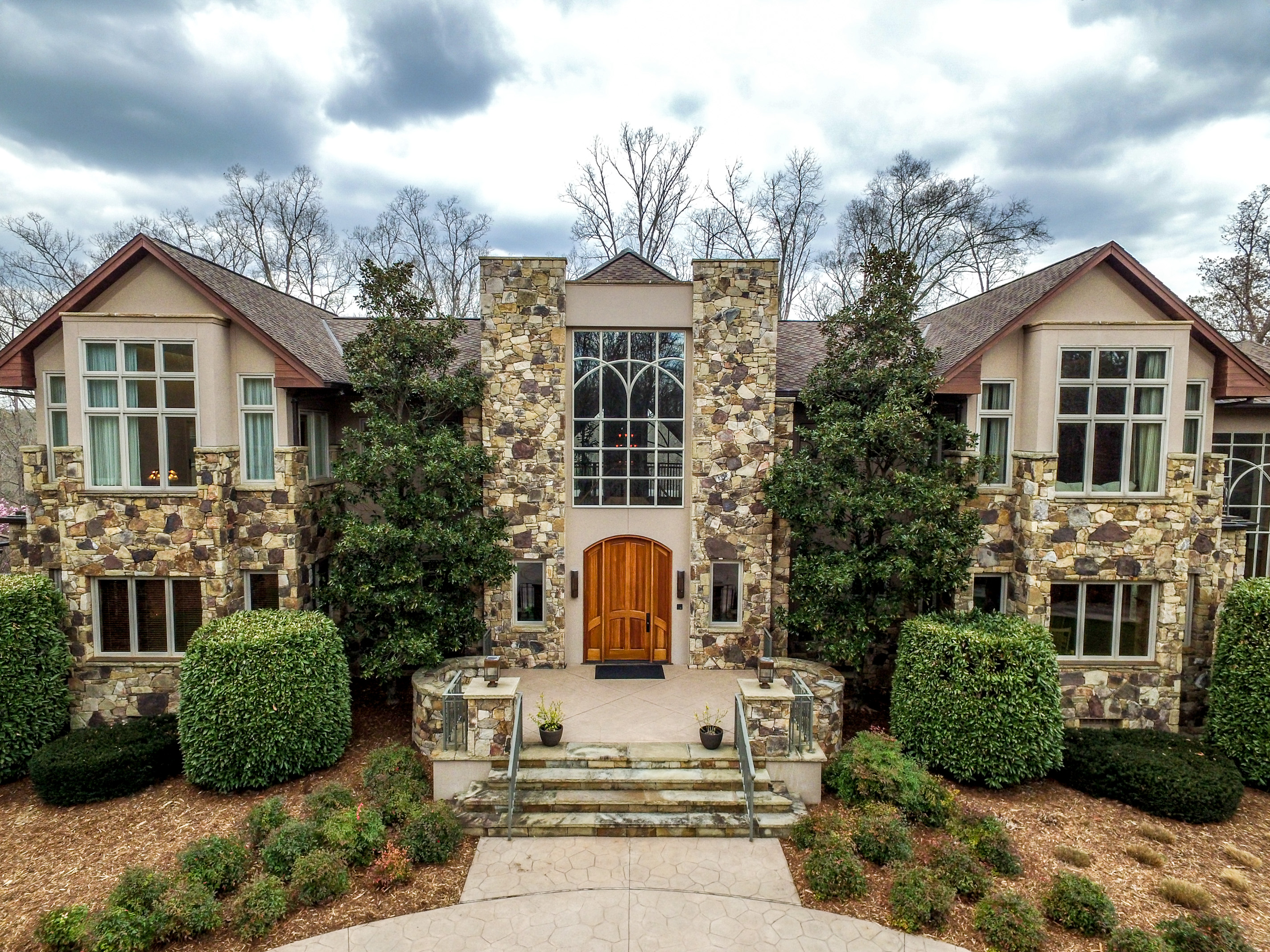 Single Family Home for Sale at Silers Fen 104 Silers Fen Court Chapel Hill, North Carolina, 27517 United StatesIn/Around: Cary, Durham, Raleigh
