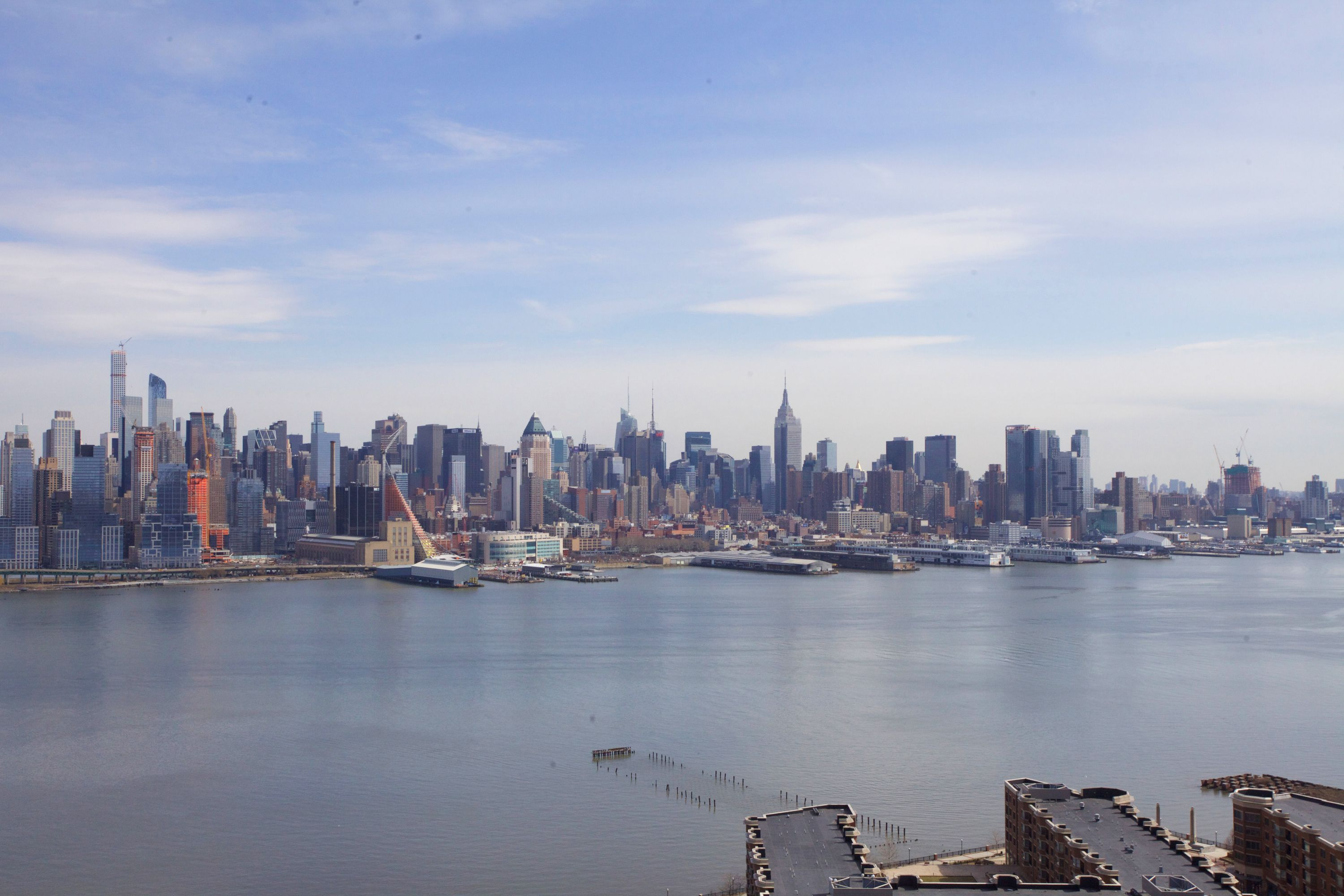 共管物業 為 出售 在 Spectacular Unobstructed Views 6050 Boulevad East#19H West New York, 新澤西州 07093 美國