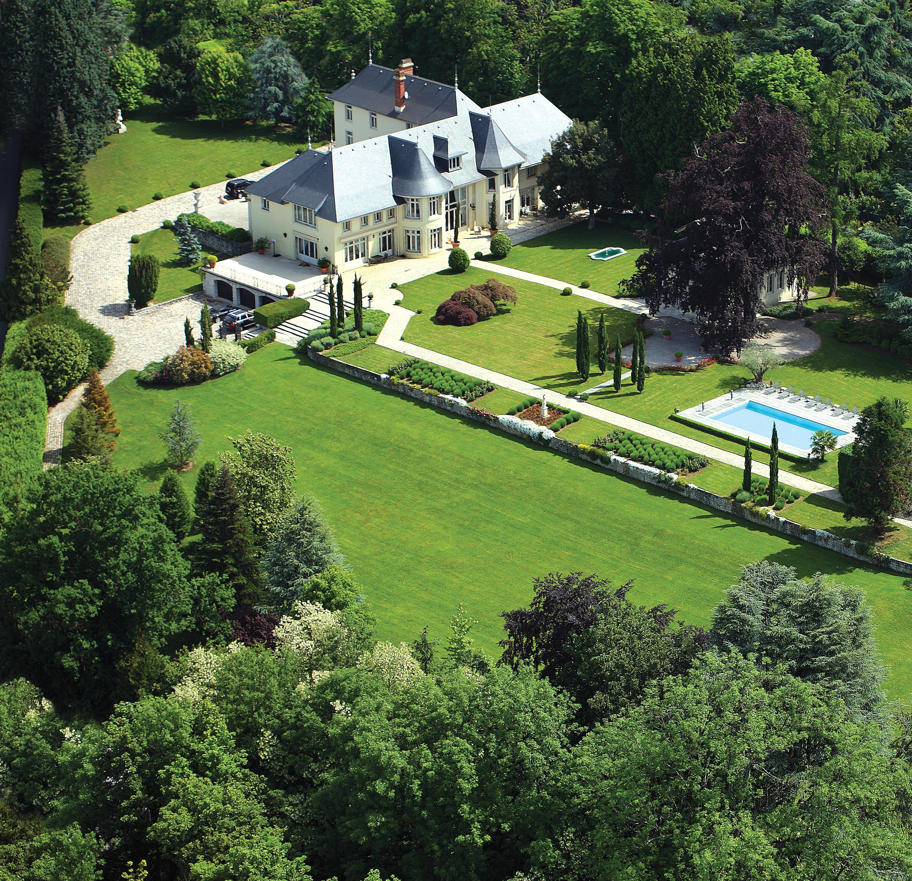 Частный односемейный дом для того Продажа на Somptueuse demeure dominant le lac du Bourget Other Rhone-Alpes, Рона-Альпы 73100 Франция
