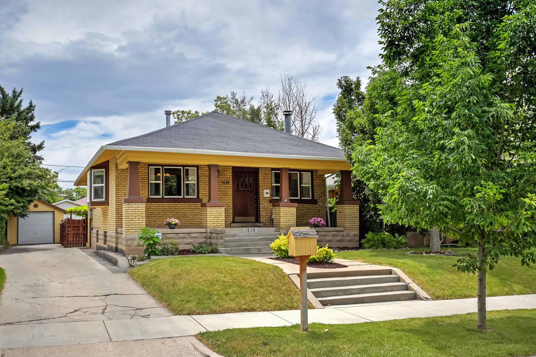 Villa per Vendita alle ore 15th & 15th Brick Bungalow 1438 E Logan Ave Salt Lake City, Utah, 84105 Stati Uniti