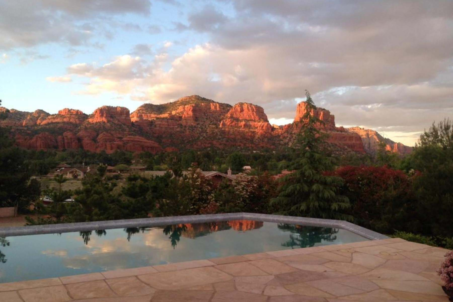 Single Family Home for Sale at Sun Up Ranch beauty in the Verde Valley. 100 Ravens Rock RD Sedona, Arizona 86351 United States
