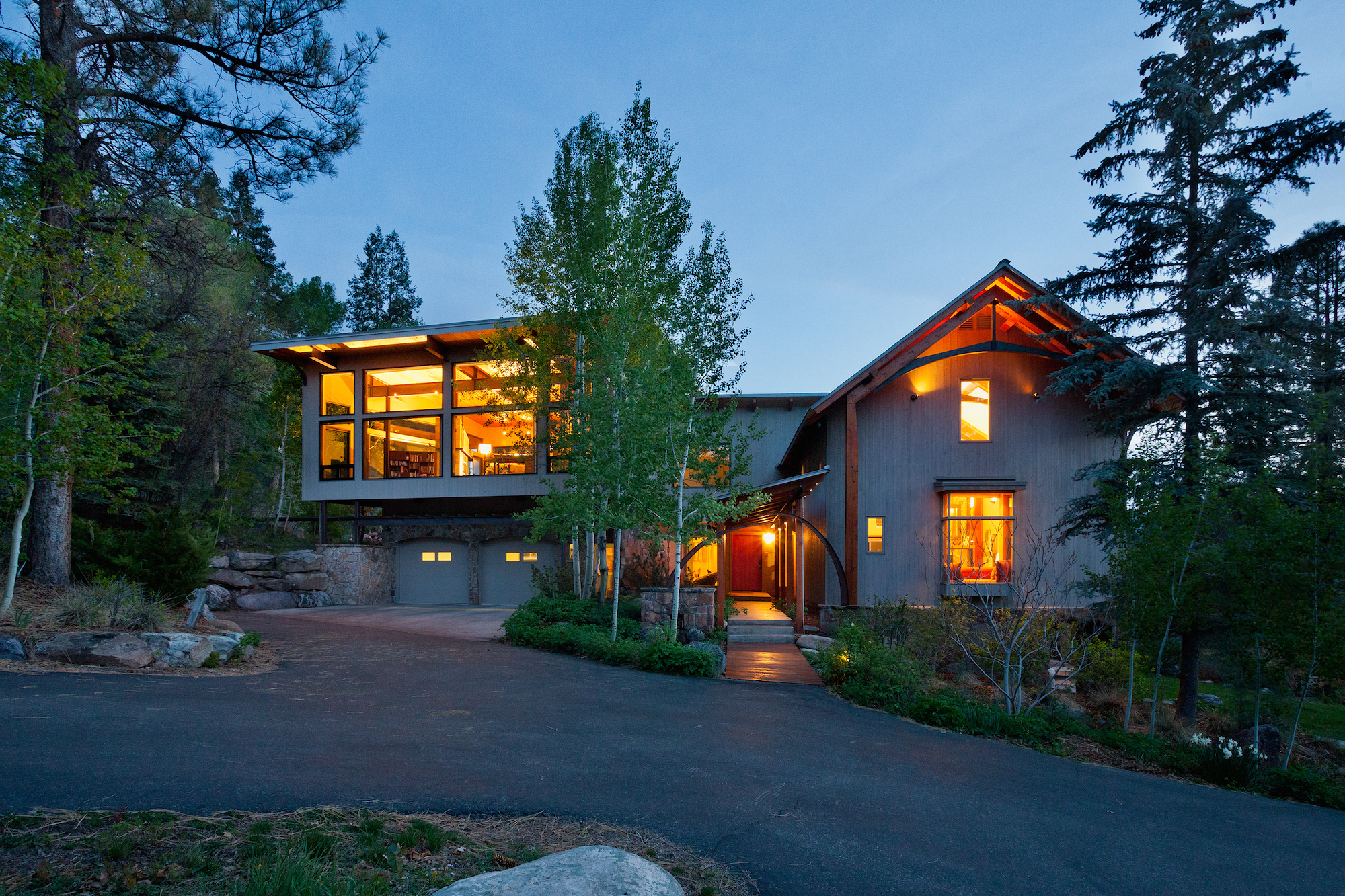 独户住宅 为 销售 在 820 Elkhorn Mountain 820 Elkhorn Mountain Road 杜兰戈, 科罗拉多州, 81301 美国