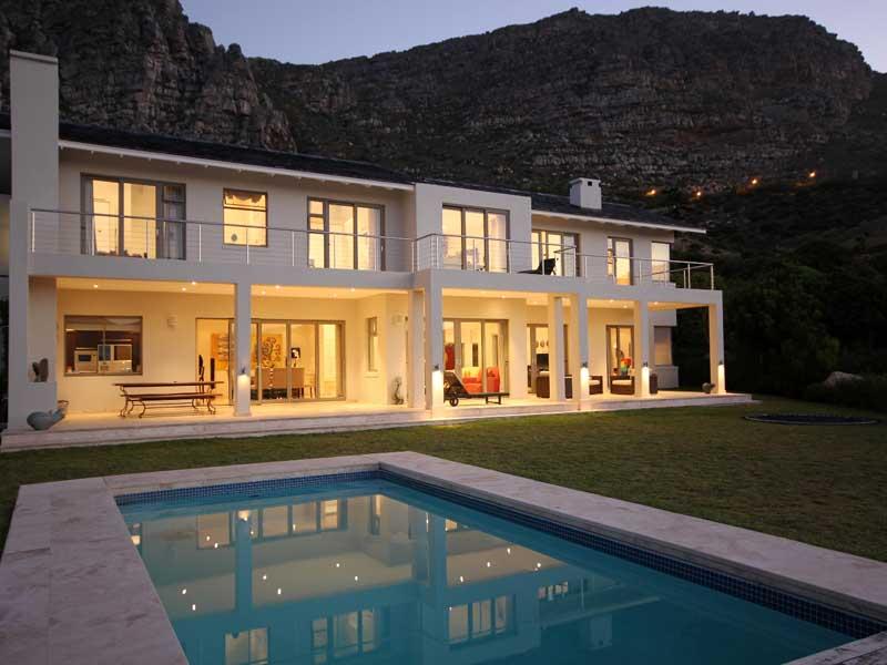 Villa per Vendita alle ore Panache and top quality construction 169 Piketberg Way, Stonehurst Mountain Estate Tokai, Capo Occidentale 7945 Sudafrica