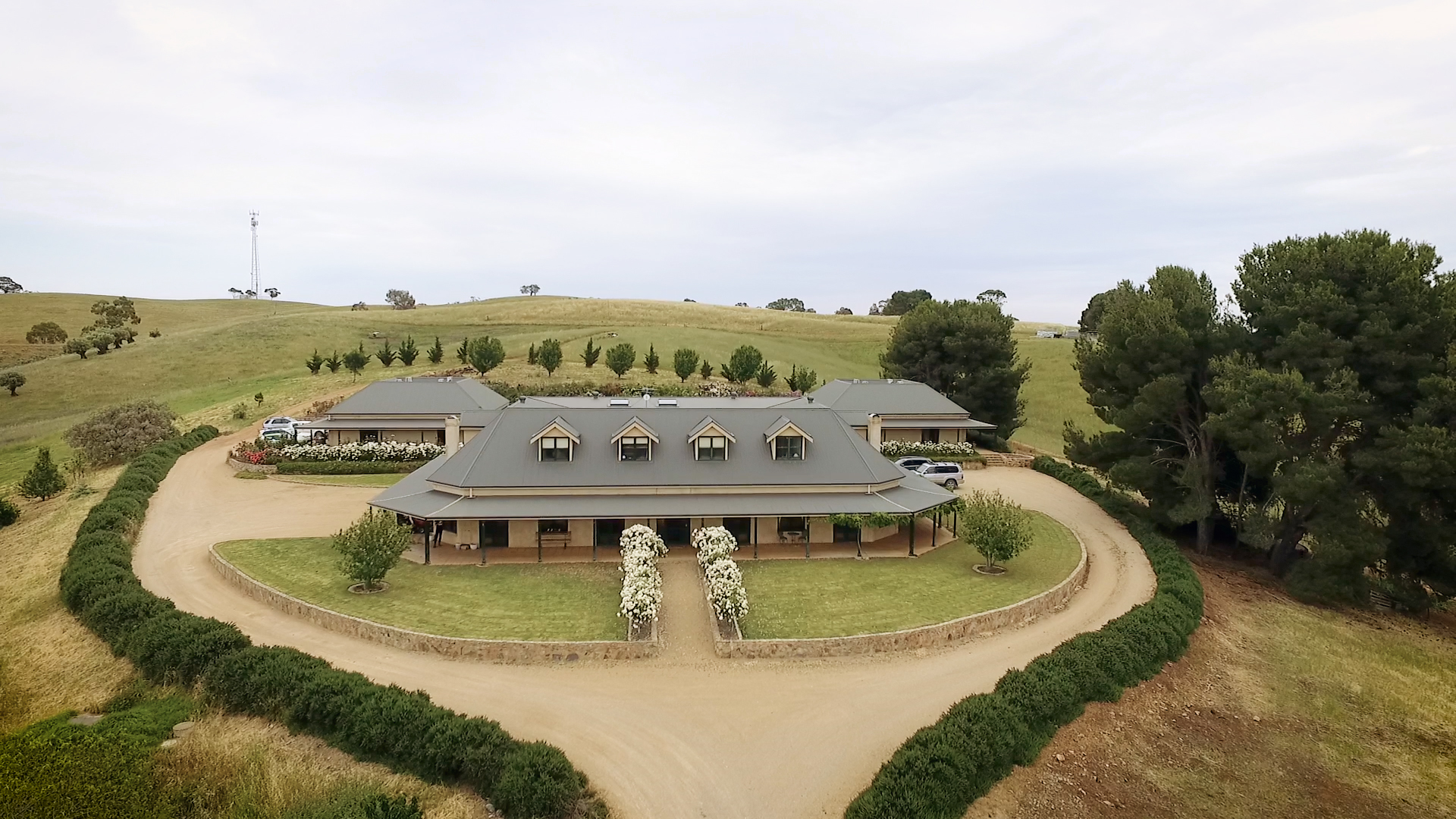 Bodega por un Venta en Breathtaking Barossa Valley Estate 219 Yaldara Drive Other South Australia, South Australia, 5351 Australia