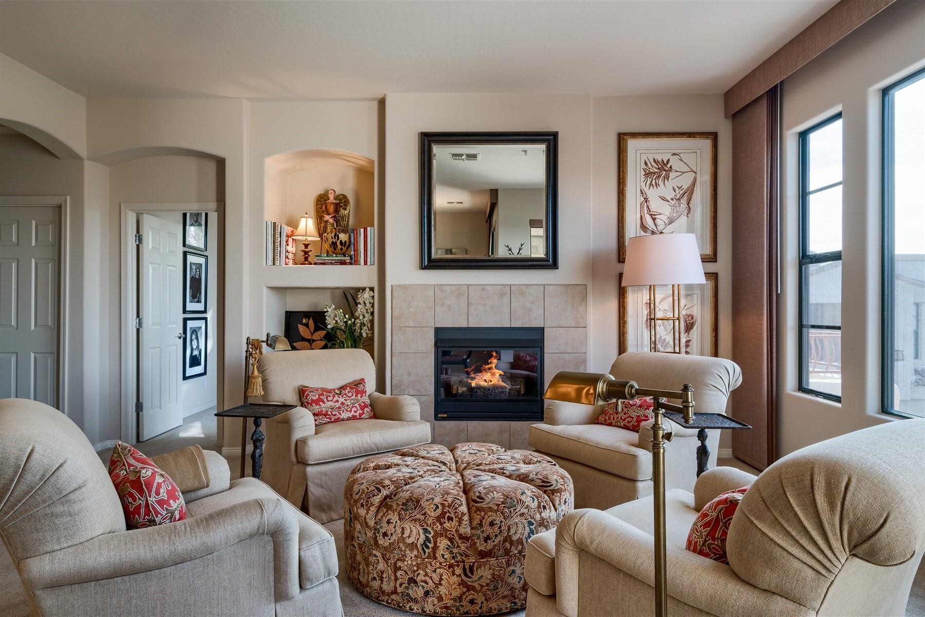 Nhà phố vì Bán tại Elegantly remodeled home in Scottsdale 19550 N Grayhawk Dr #2035 Scottsdale, Arizona, 85255 Hoa Kỳ