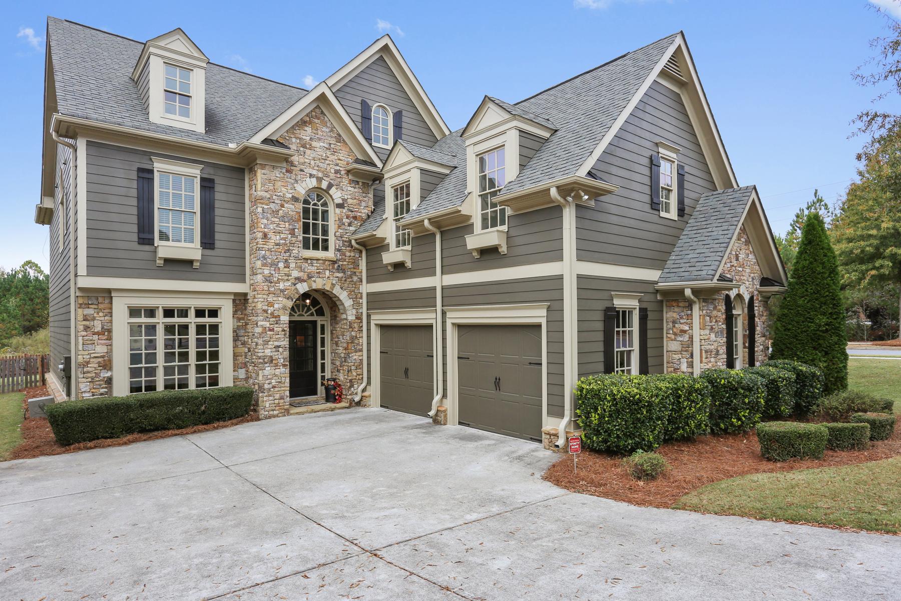 Casa para uma família para Venda às Delightful Barnes Mill Home 4046 Hill House Road SW Smyrna, Geórgia, 30082 Estados Unidos
