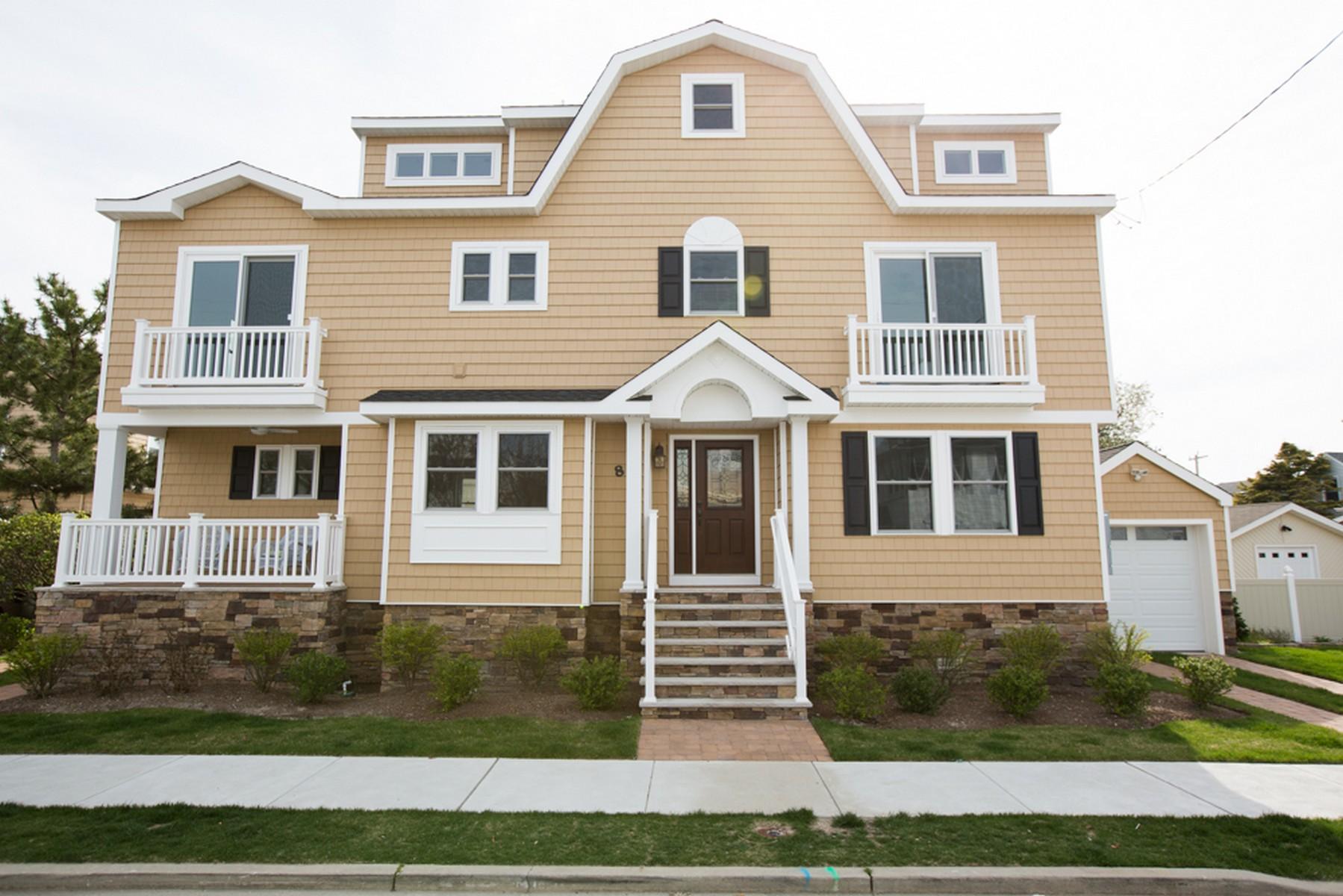 rentals property at 8 N Douglas