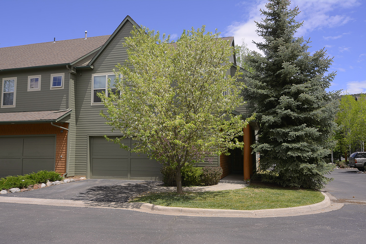 Townhouse for Sale at Willits Townhome 541 Evans Court Basalt, Colorado, 81621 United States