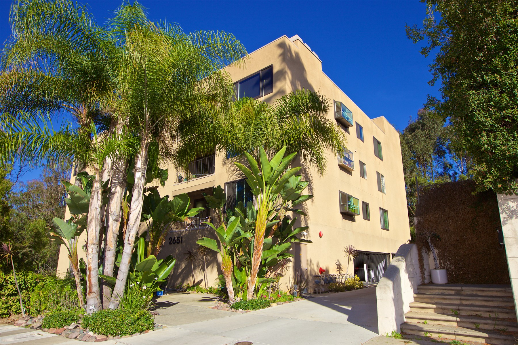 Condominium for Sale at Maplefront 2651 Front Street 101 San Diego, California 92103 United States
