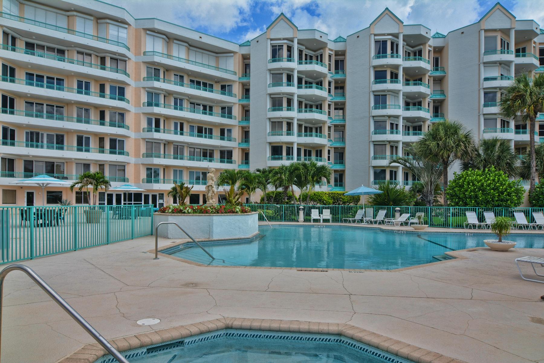 共管式独立产权公寓 为 销售 在 2000 S A1A, #402 Ocean Club Jupiter, 朱庇特, 佛罗里达州 33477 美国