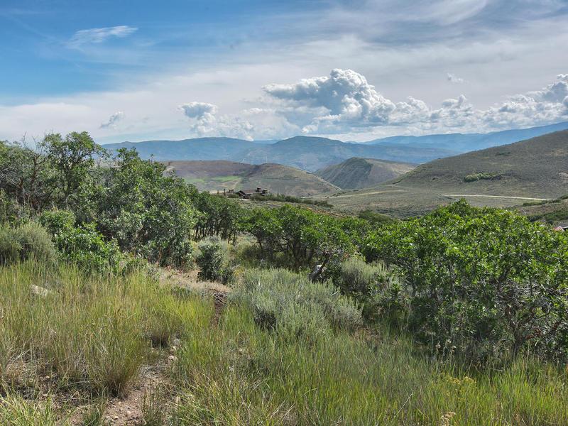 Terreno por un Venta en Rare Big View Homesite in Promontory Located Less Than ½ Mile From Amenities 7780 Promontory Ranch Rd Lot #31 Park City, Utah 84098 Estados Unidos