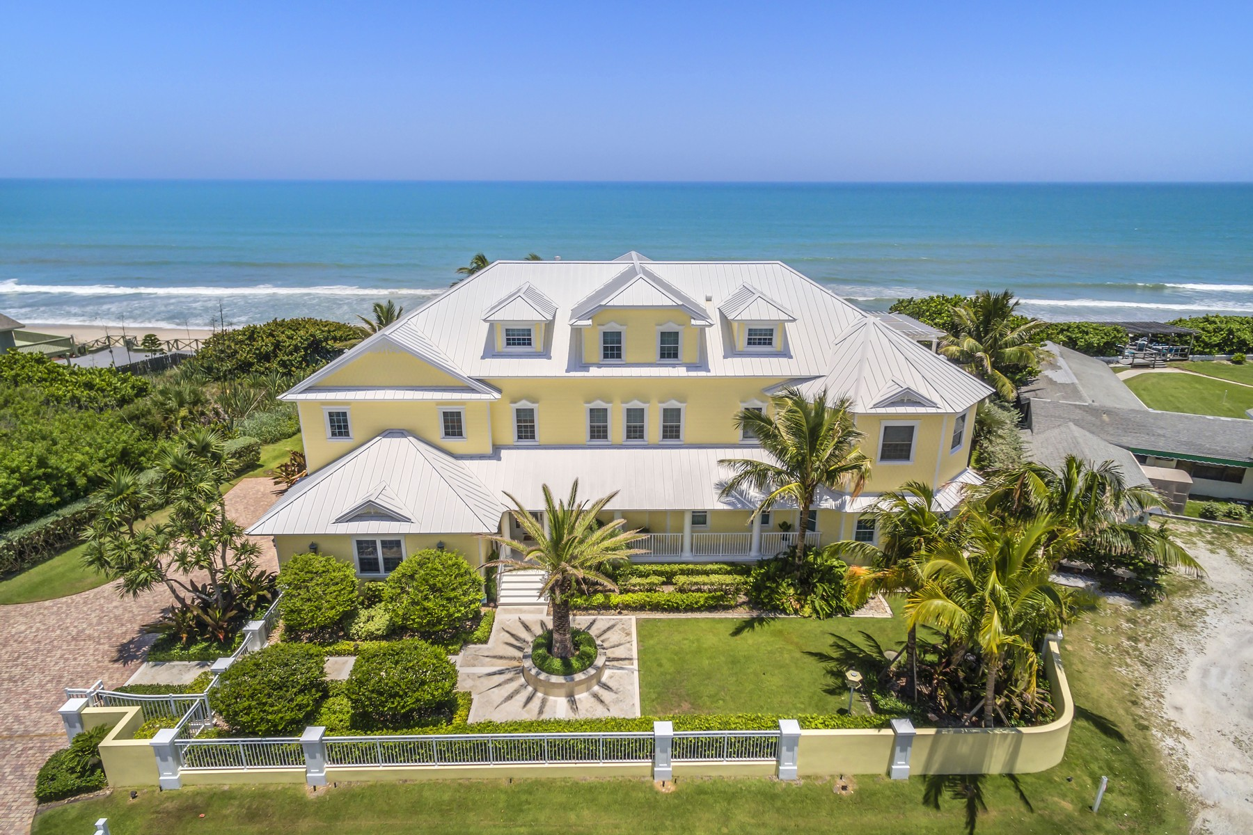 Single Family Home for Sale at 5045 Highway A1A Melbourne Beach, Florida 32951 United States