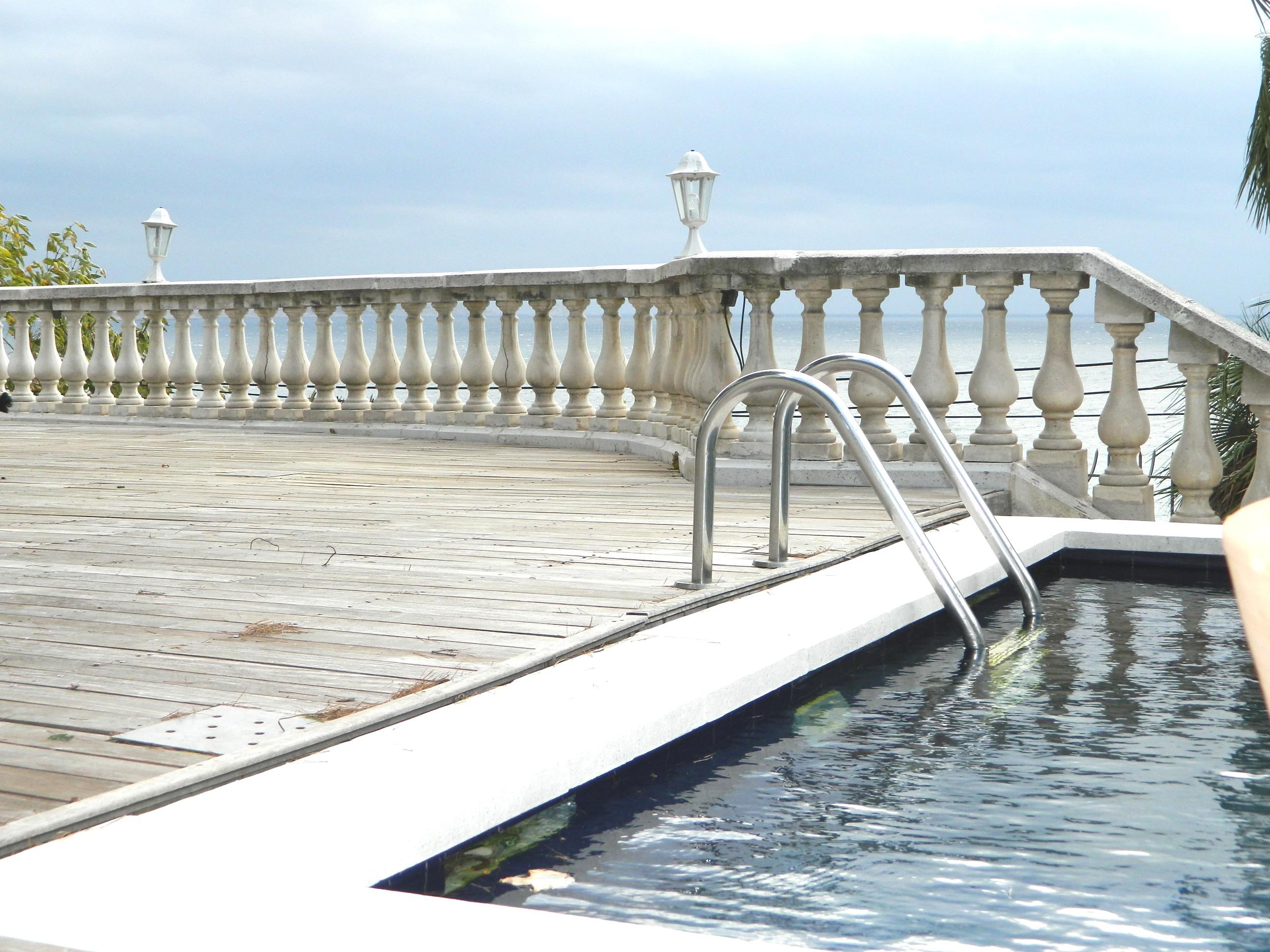 Multi-Family Home for Sale at Propriété front de mer Marseille, Provence-Alpes-Cote D'Azur 13007 France