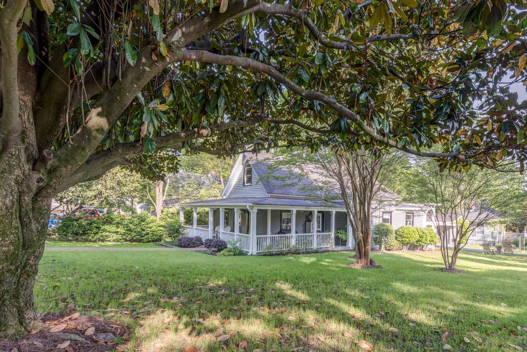 独户住宅 为 销售 在 Historic Neighborhood 2929 Layton Avenue NW 亚特兰大, 乔治亚州, 30318 美国