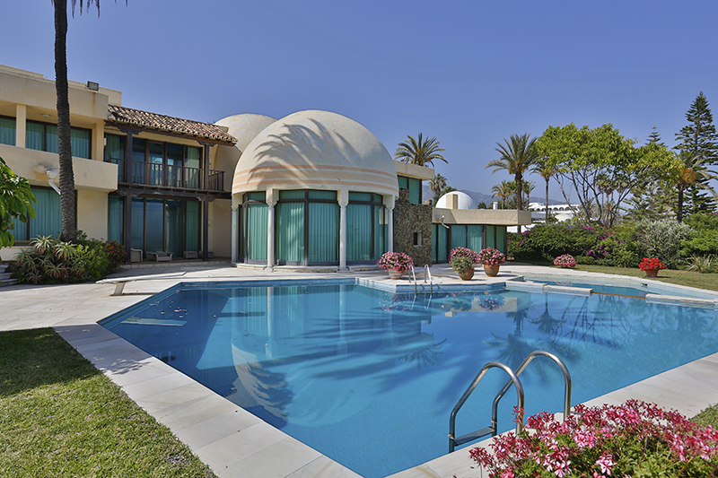 Single Family Home for Sale at Palatial Property Golden Mile Marbella, Costa Del Sol 29600 Spain