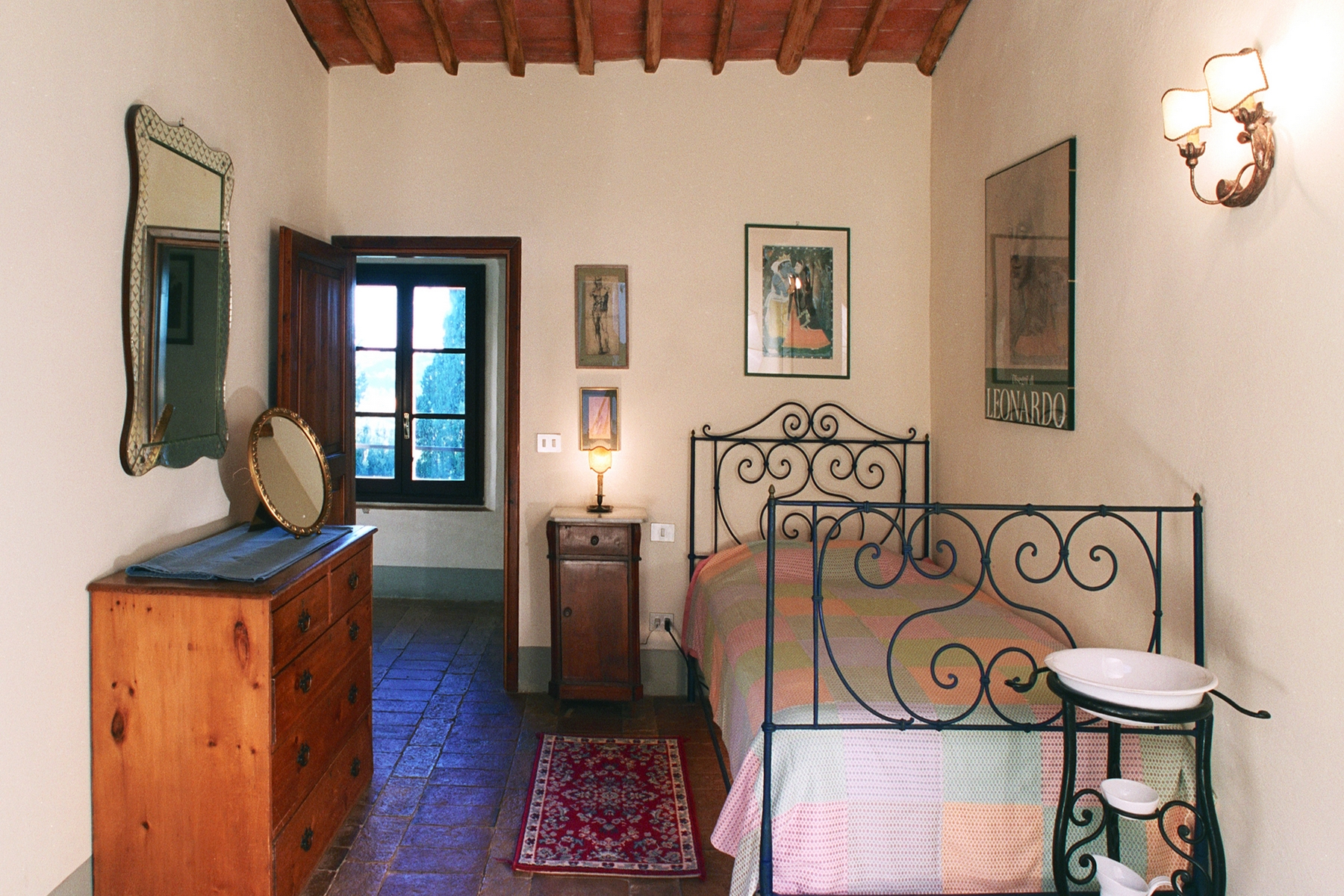 Additional photo for property listing at Apartment in Historic Villa Montespertoli, Florence Italien