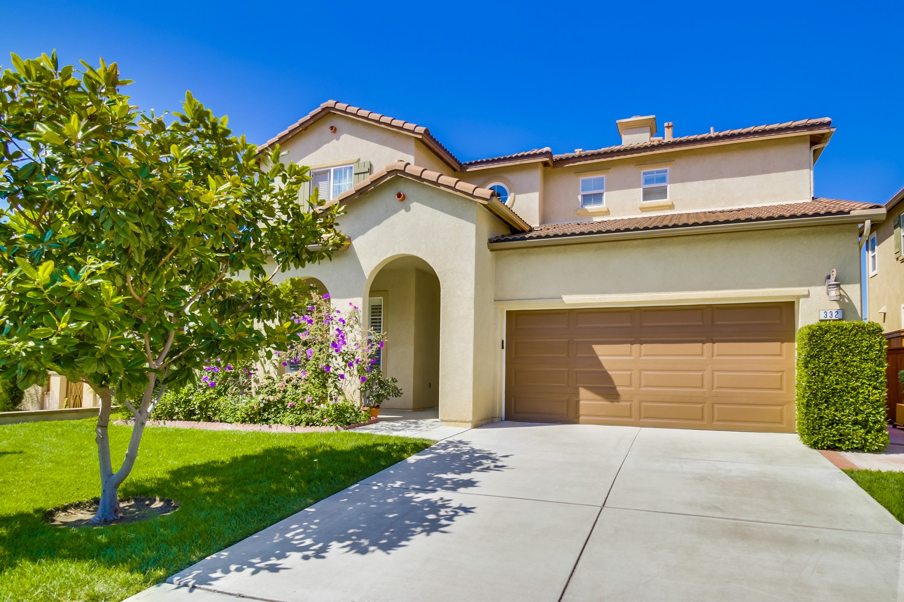 Property For Sale at 332 PLAZA LOS OSOS