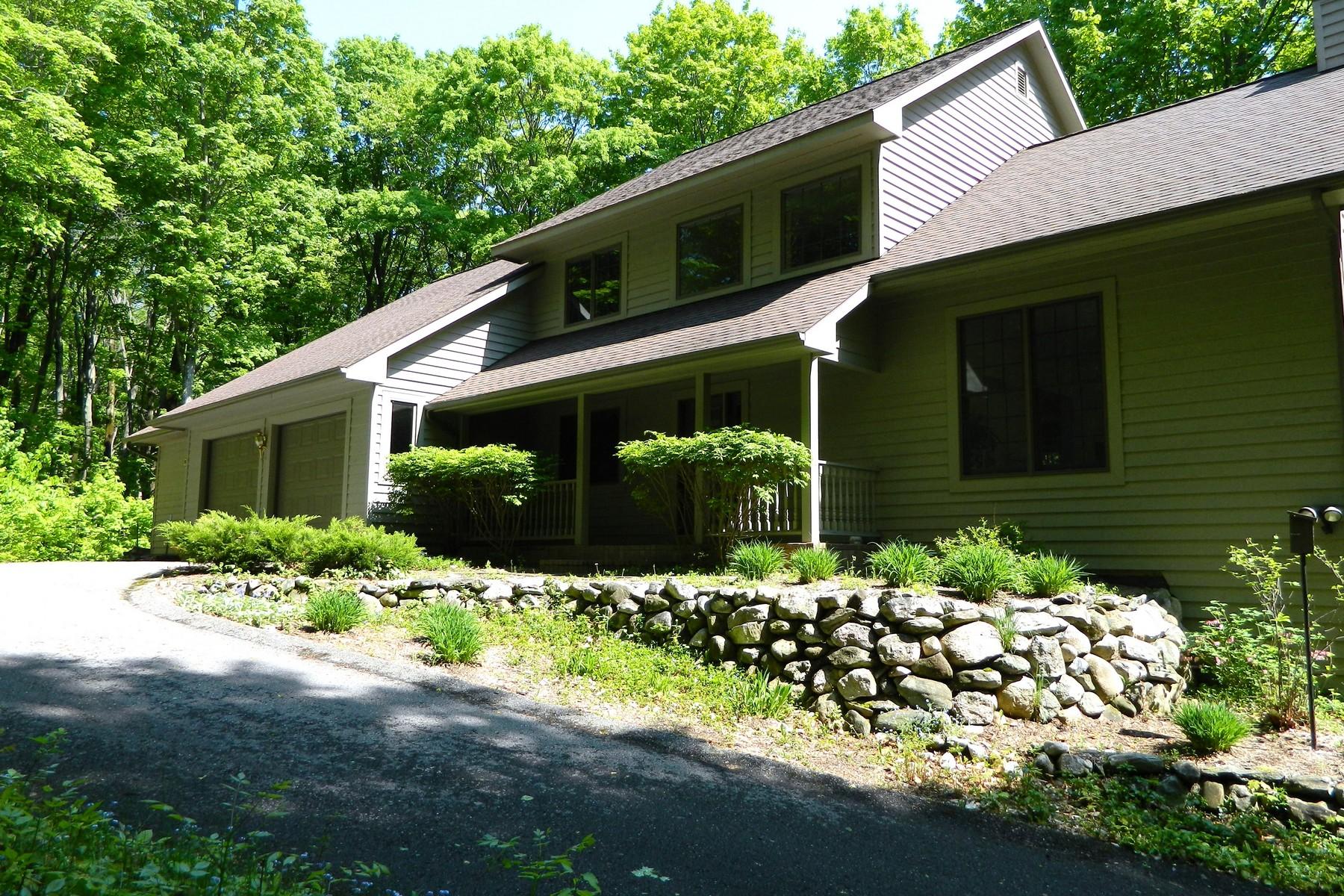 Casa para uma família para Venda às 4509 Meadowview Lane Harbor Springs, Michigan 49740 Estados Unidos