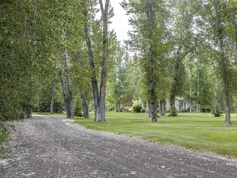 Additional photo for property listing at 21 Acres on the Big Wood River 100 Trout Lane Bellevue, Idaho 83313 Estados Unidos