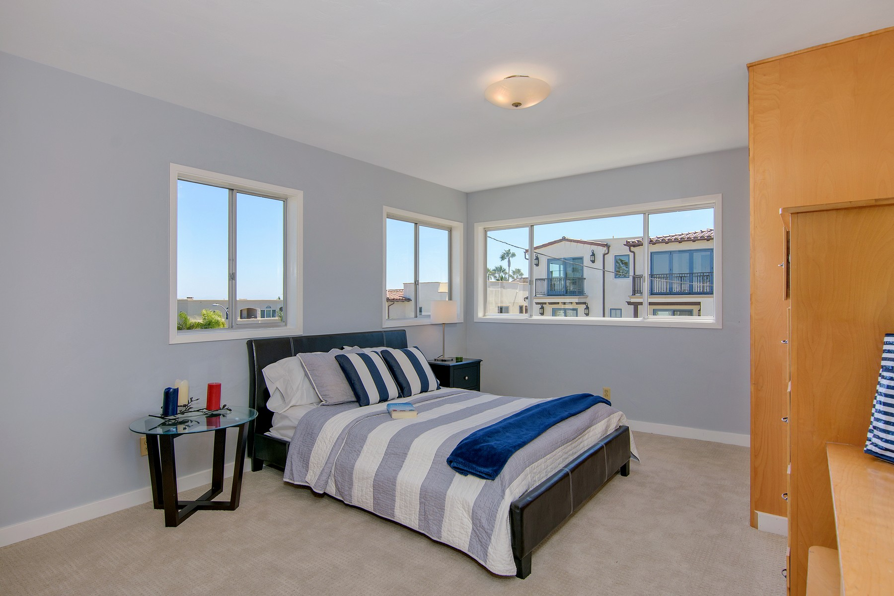 Additional photo for property listing at 3022 Lawrence Street  San Diego, California 92106 Estados Unidos